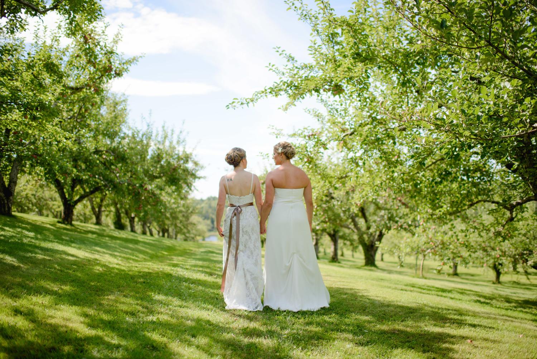 clarks-cove-farm-wedding-walpole-maine-019.jpg