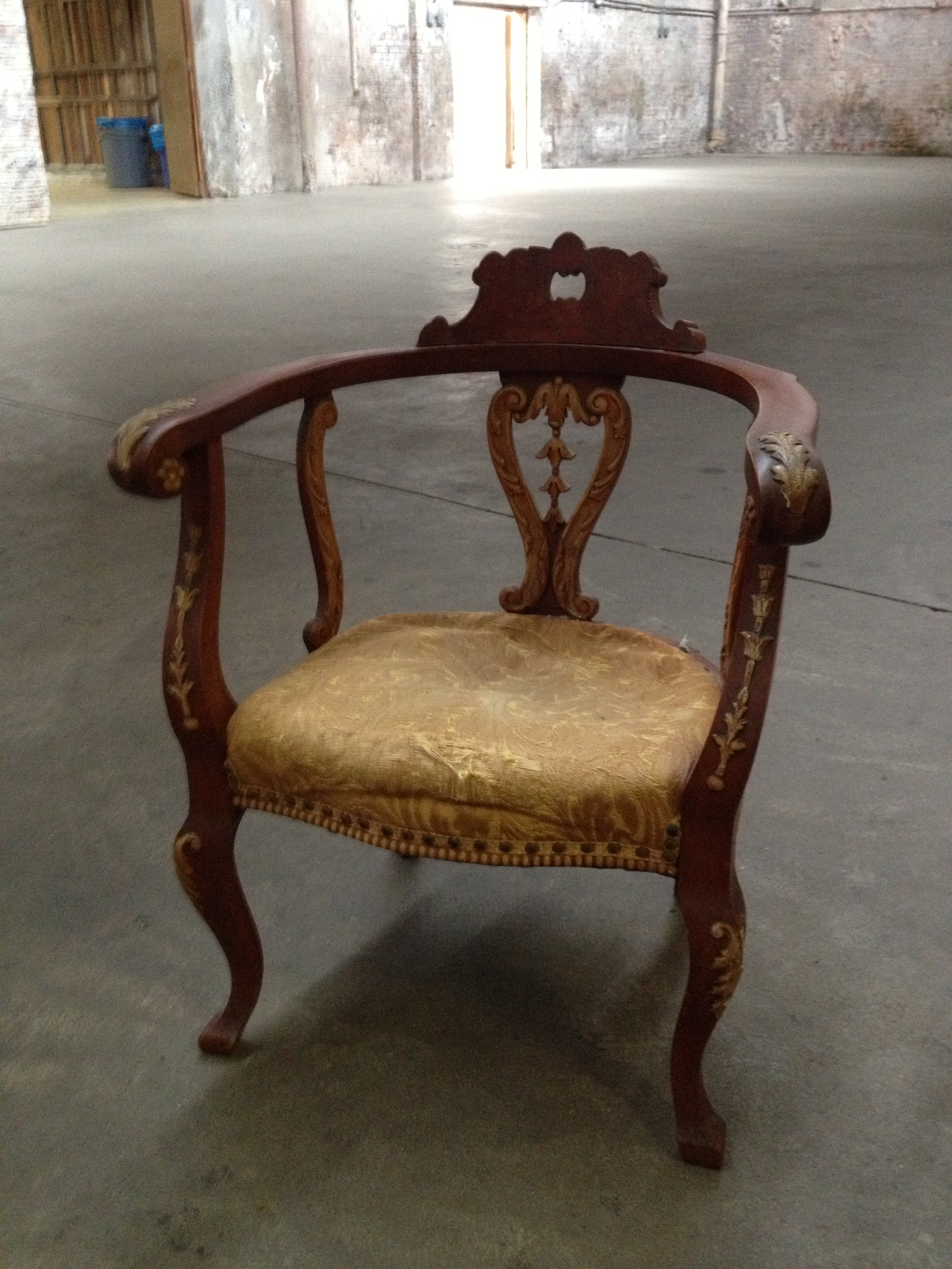 Antique Yellow Seat Throne $75