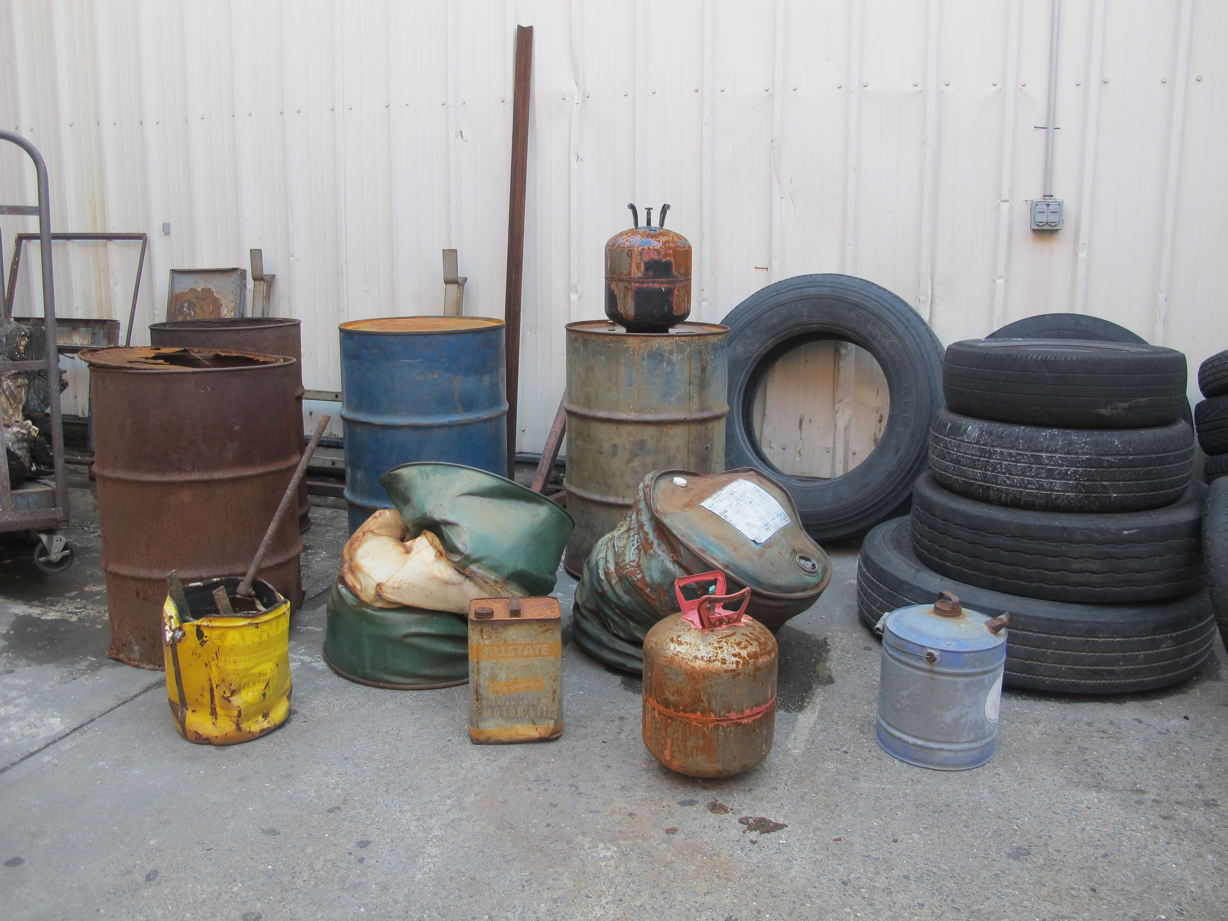 assorted yard props