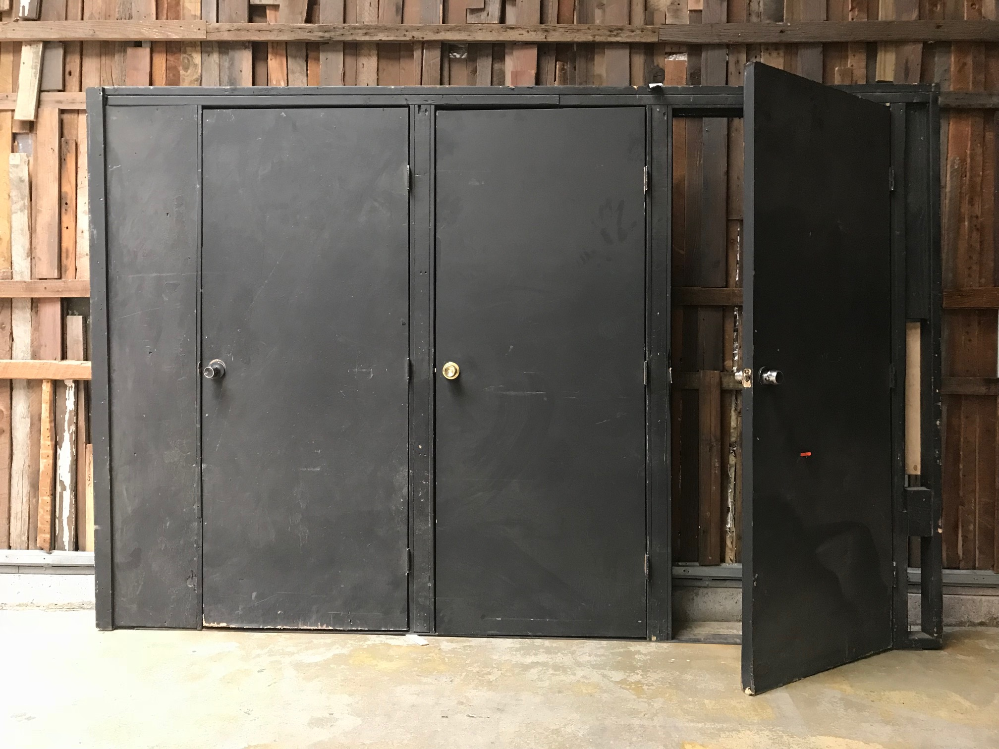 BLACK 3-Door Wall Insert $450