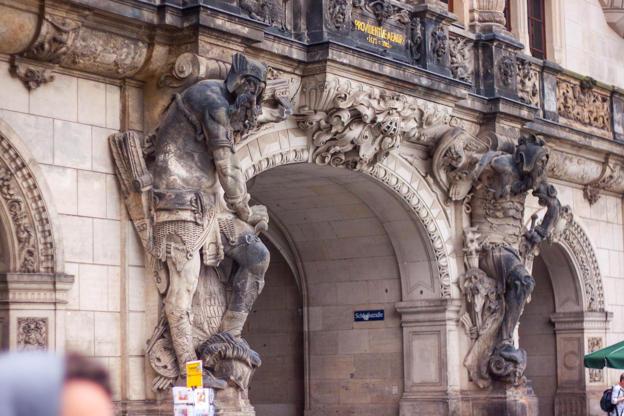 Exploring Dresden's Scholssplatz