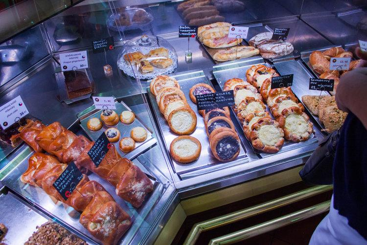 10+Foods+You+Must+Eat+In+Prague (4).jpeg
