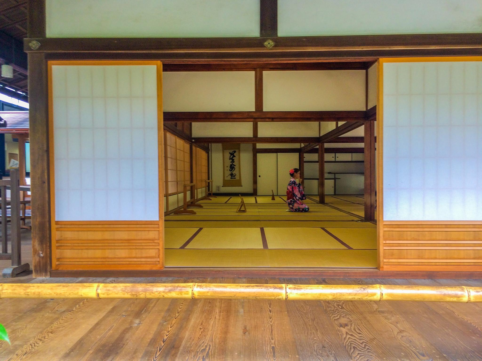 29730017063_d9e0acd8c5_k.jpgA Guide to Finding your Zen in the Peaceful and Serene Gardens of Tenryu-ji Temple Arashiyama