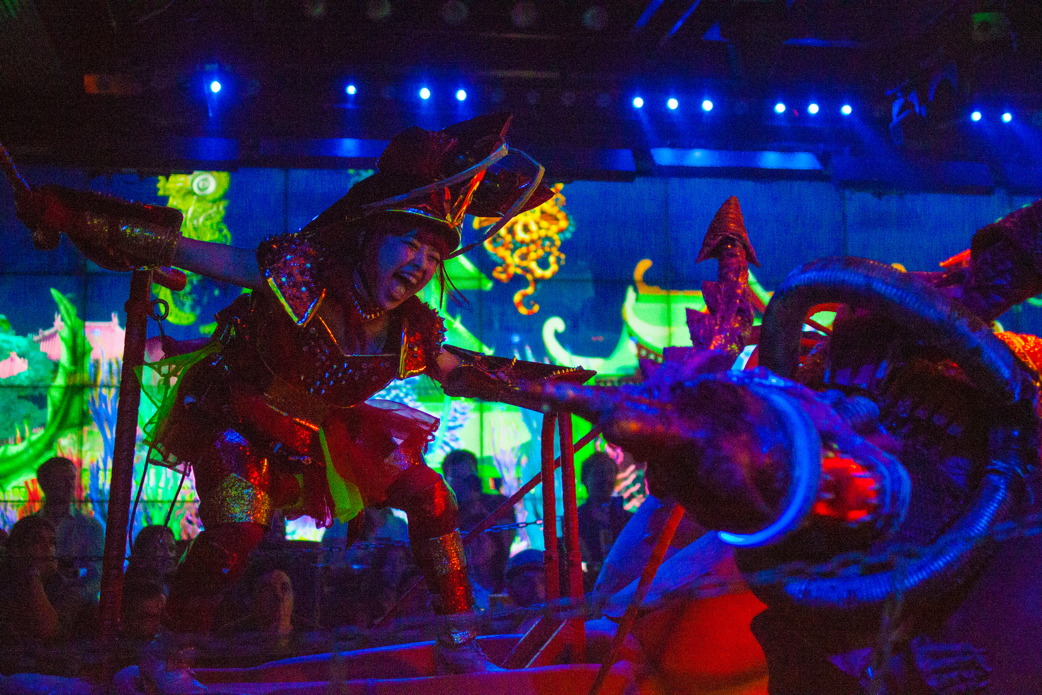 Guide to the Robot Restaurant Experience, the Most Exciting and Exhilarating Show in Tokyo