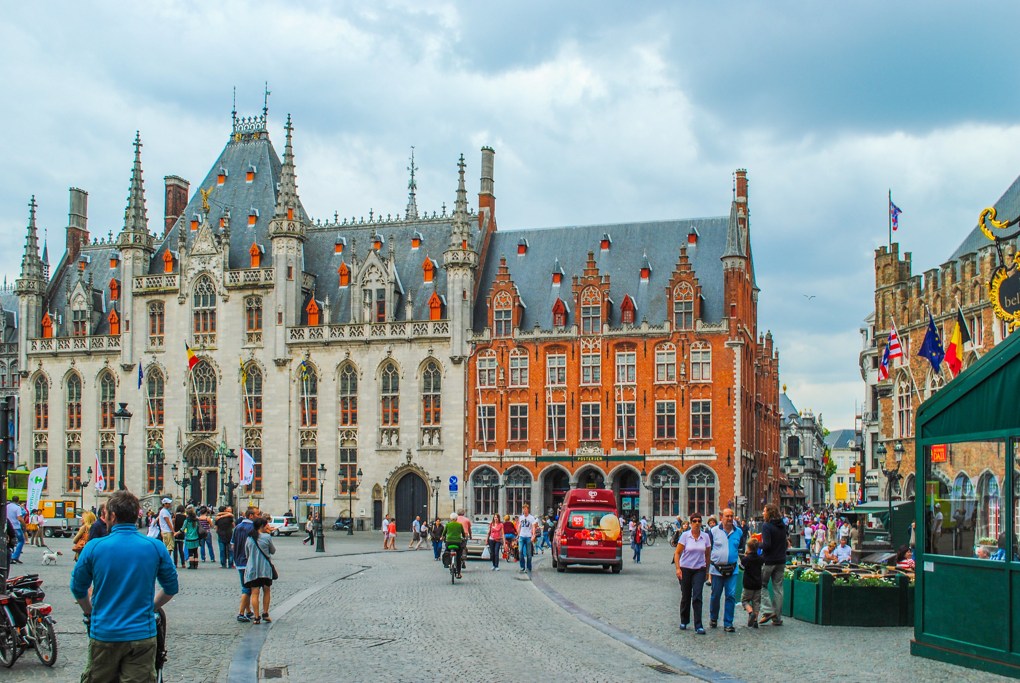 How to Spend A Day in Bruges, The Best Guide to the City and Self Guided Walking Tour