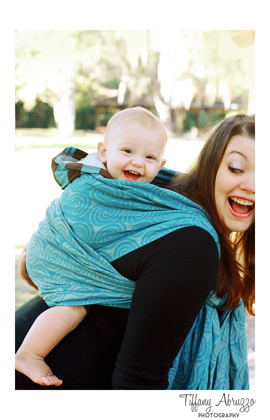 Wilmington_NC_Photographer_Tiffany_abruzzo_babywearing