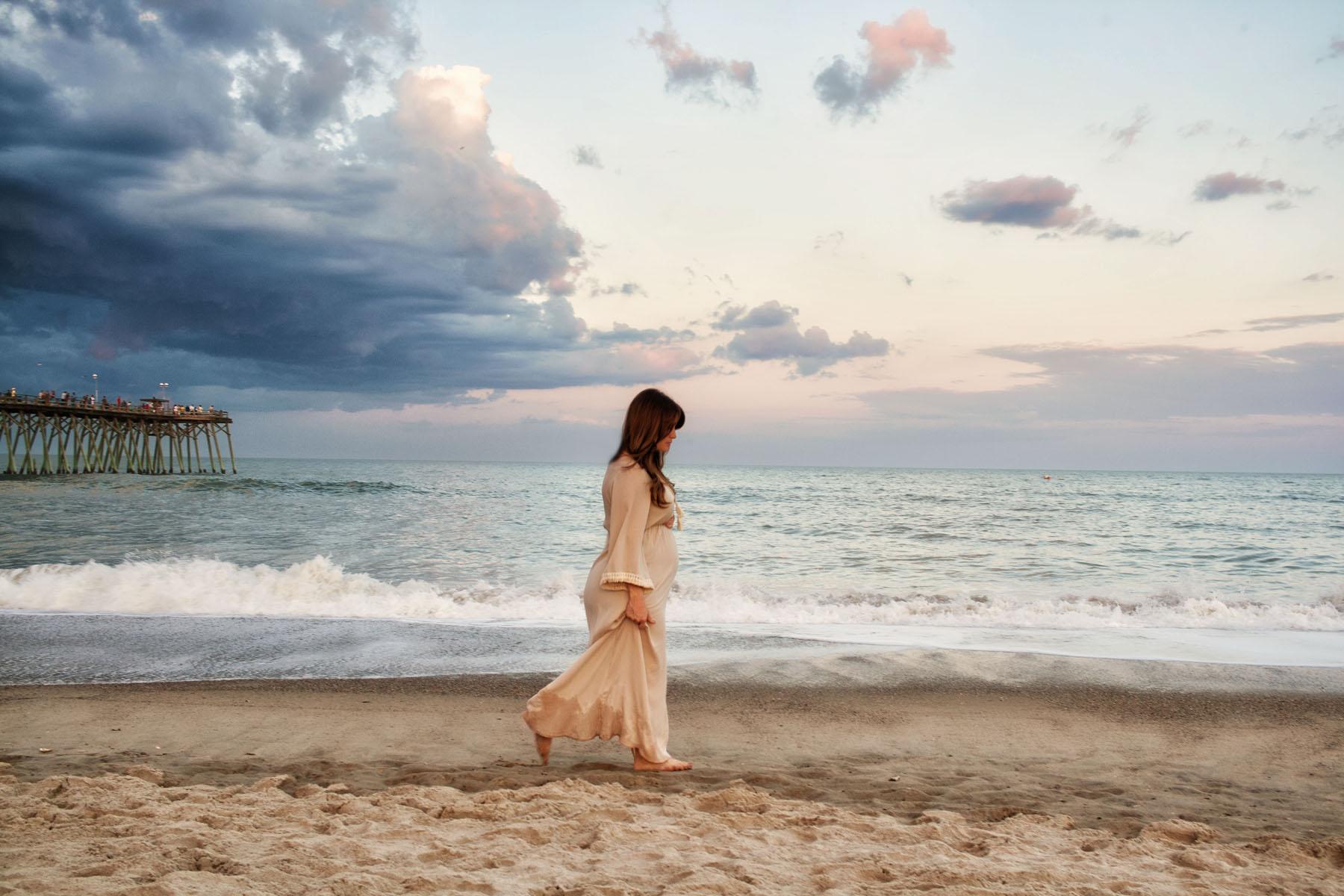 Kure_Beach_Maternity_Shoot_Tiffany_Abruzzo_Photography_2.jpg