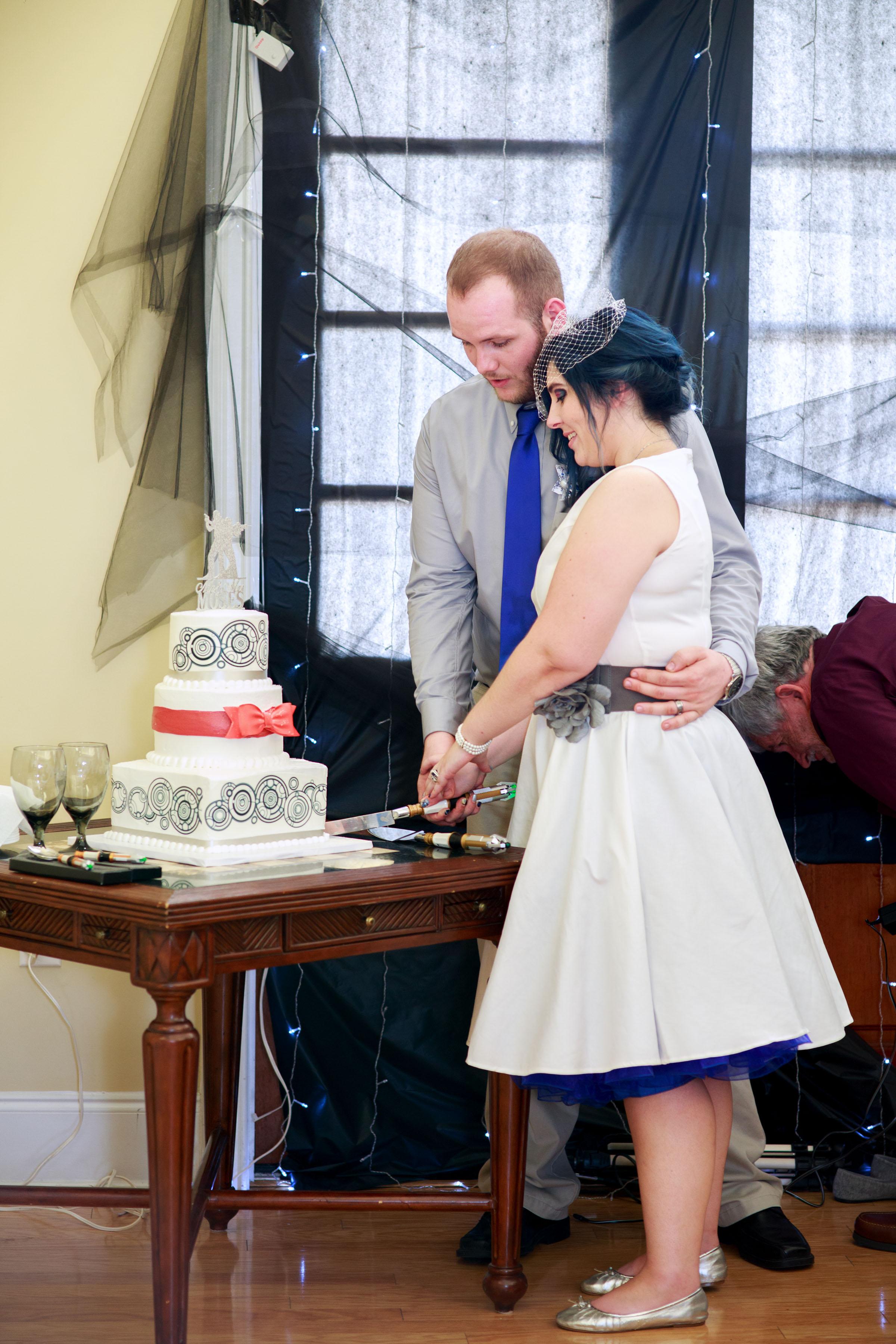 Leland_Wedding_Photographer_Tiffany_Abruzzo_Reception_41.jpg