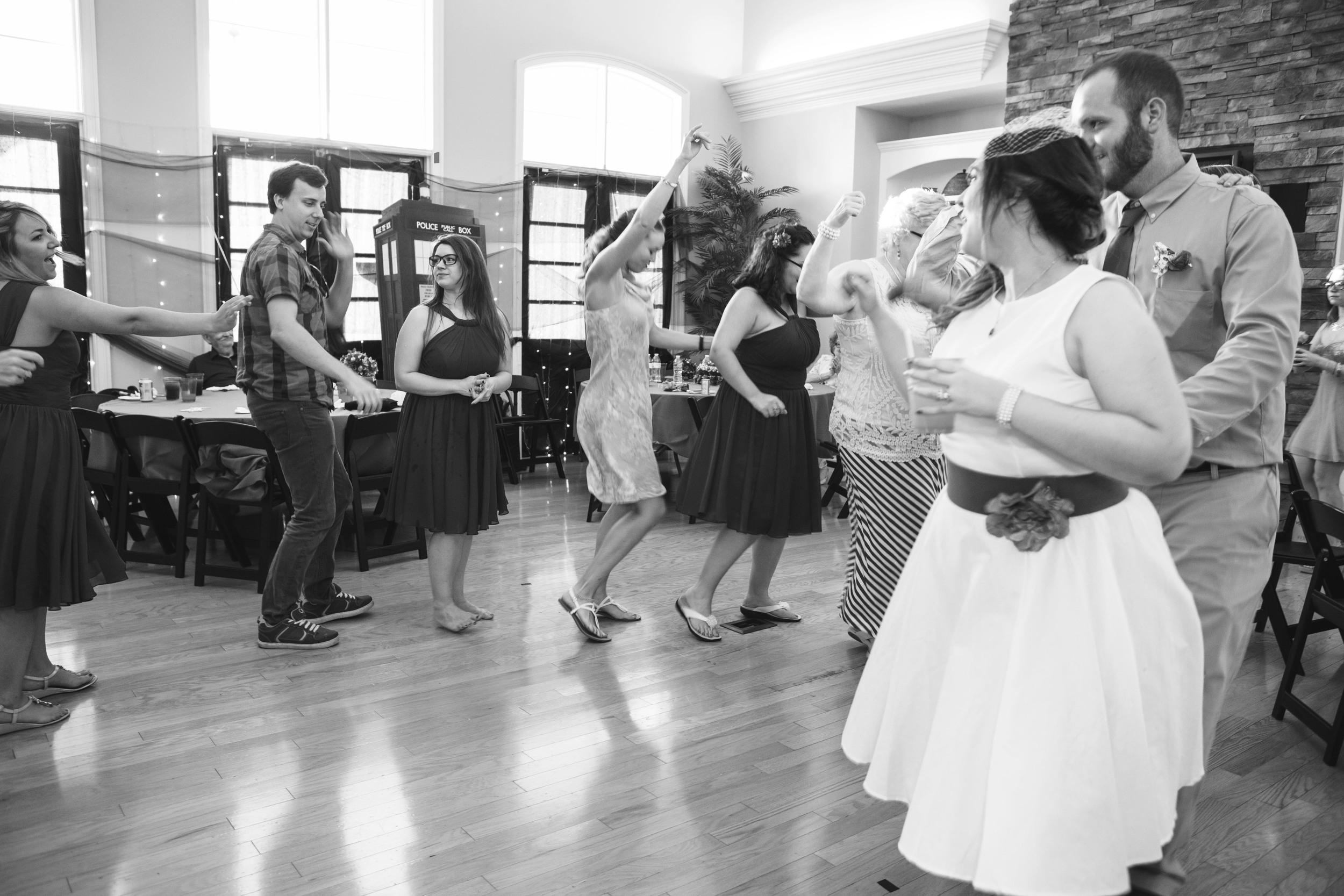 Leland_Wedding_Photographer_Tiffany_Abruzzo_Reception_111.jpg