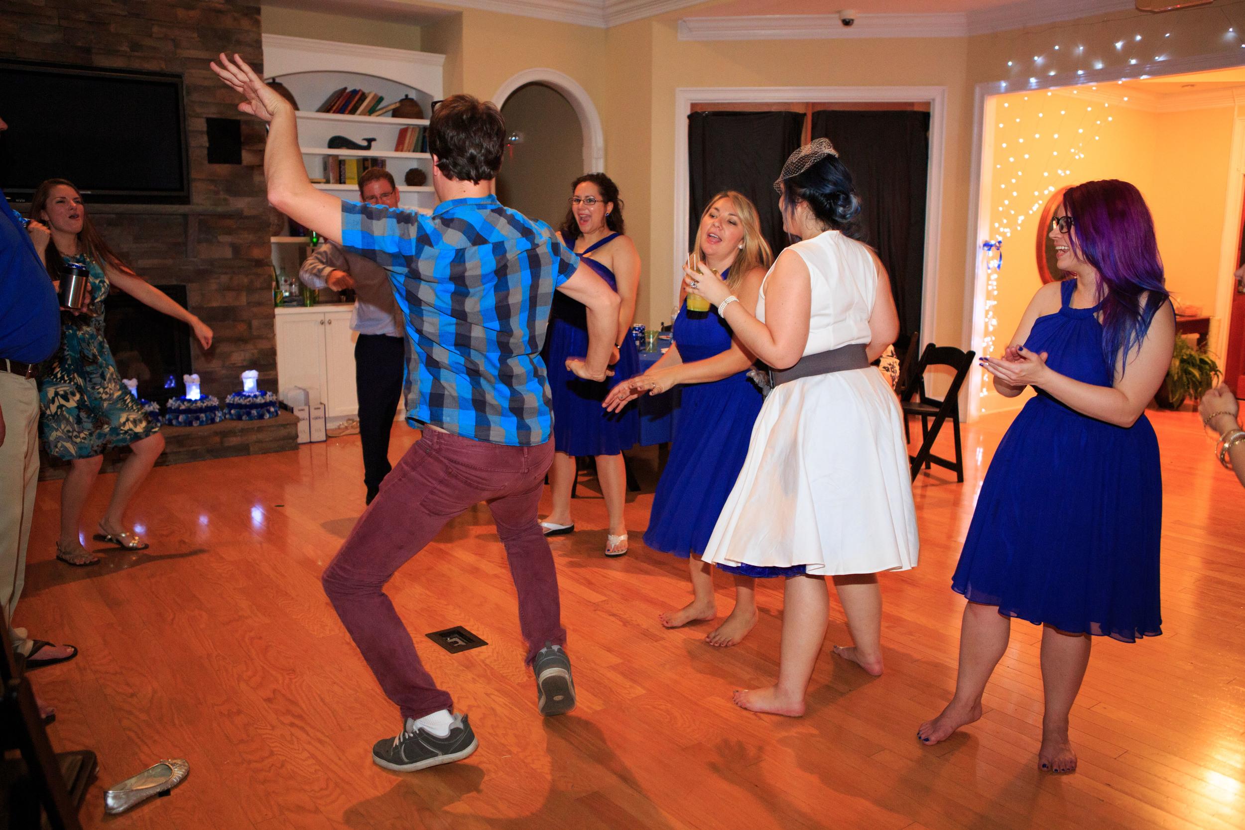 Leland_Wedding_Photographer_Tiffany_Abruzzo_Reception_178.jpg