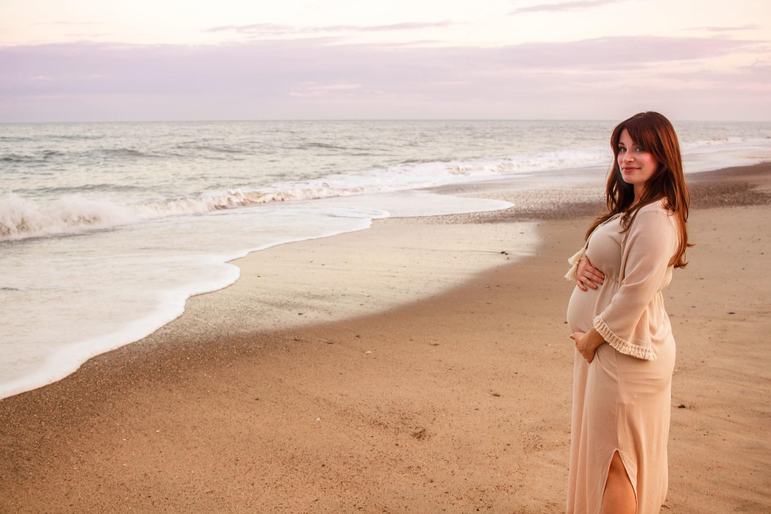 Kure_Beach_Maternity_Shoot_Tiffany_Abruzzo_Photography_22.jpg