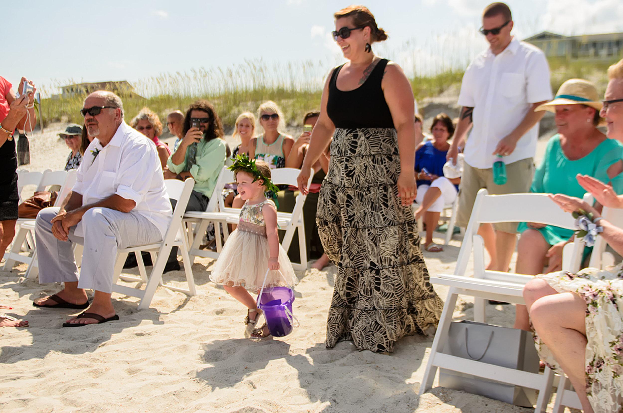 North_Carolina_Wedding_Photographer_Tiffany_Abruzzo_Ceremony_14.8.jpg