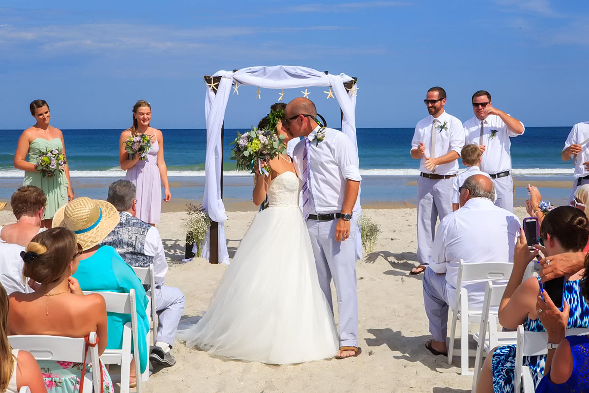 North_Carolina_Wedding_Photographer_Tiffany_Abruzzo_Ceremony_73.jpg