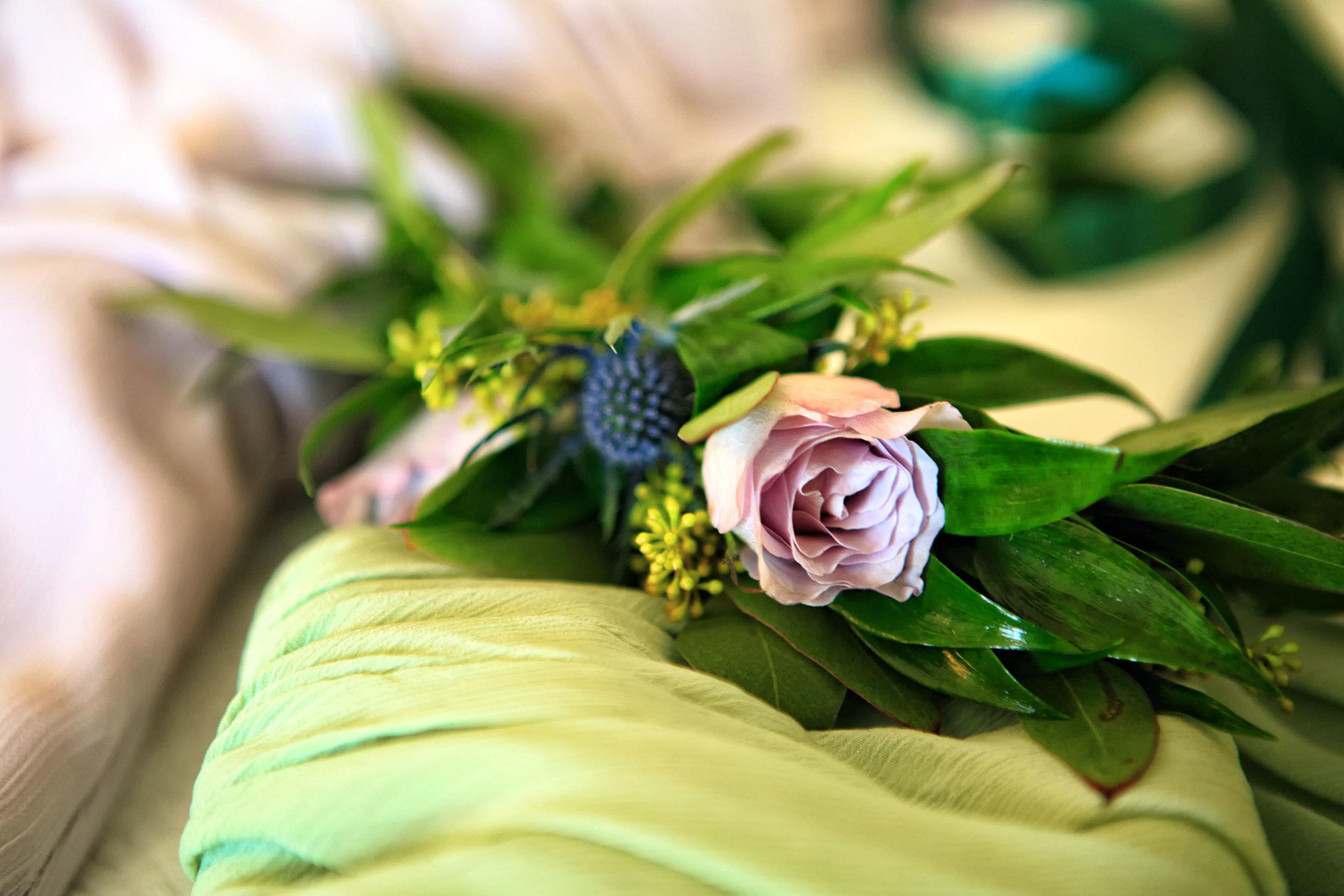 North_Carolina_Wedding_Photographer_Tiffany_Abruzzo_Girls Prep_010.jpg