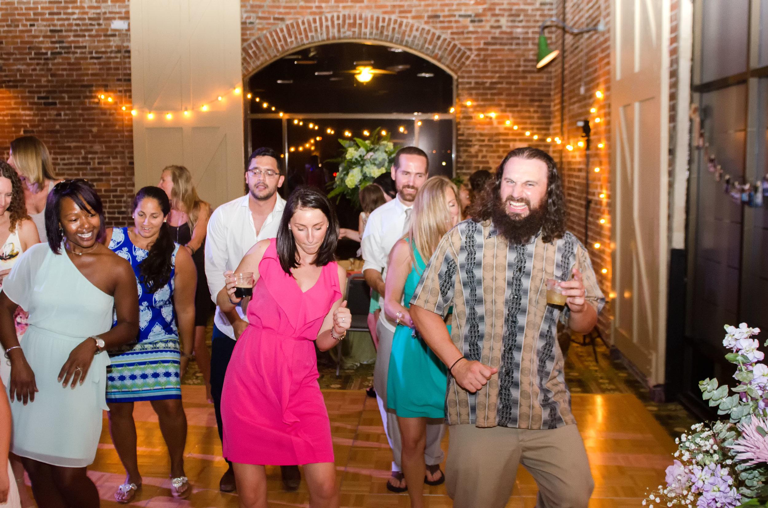 North_Carolina_Wedding_Photographer_Tiffany_Abruzzo_Reception_196.jpg