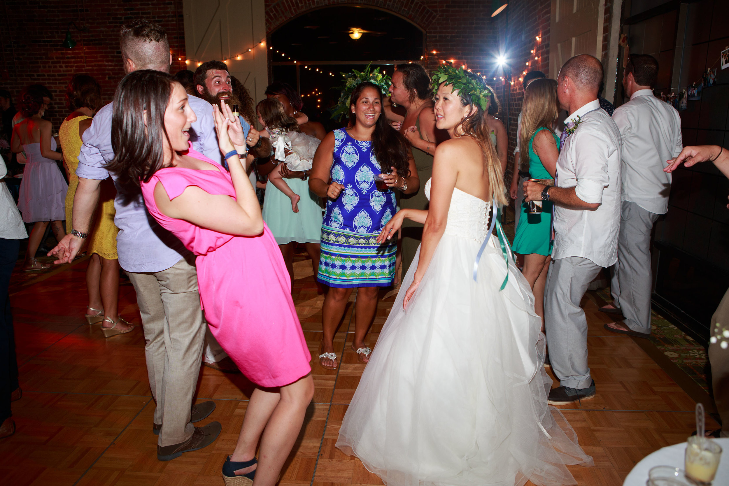 North_Carolina_Wedding_Photographer_Tiffany_Abruzzo_Reception_266.jpg