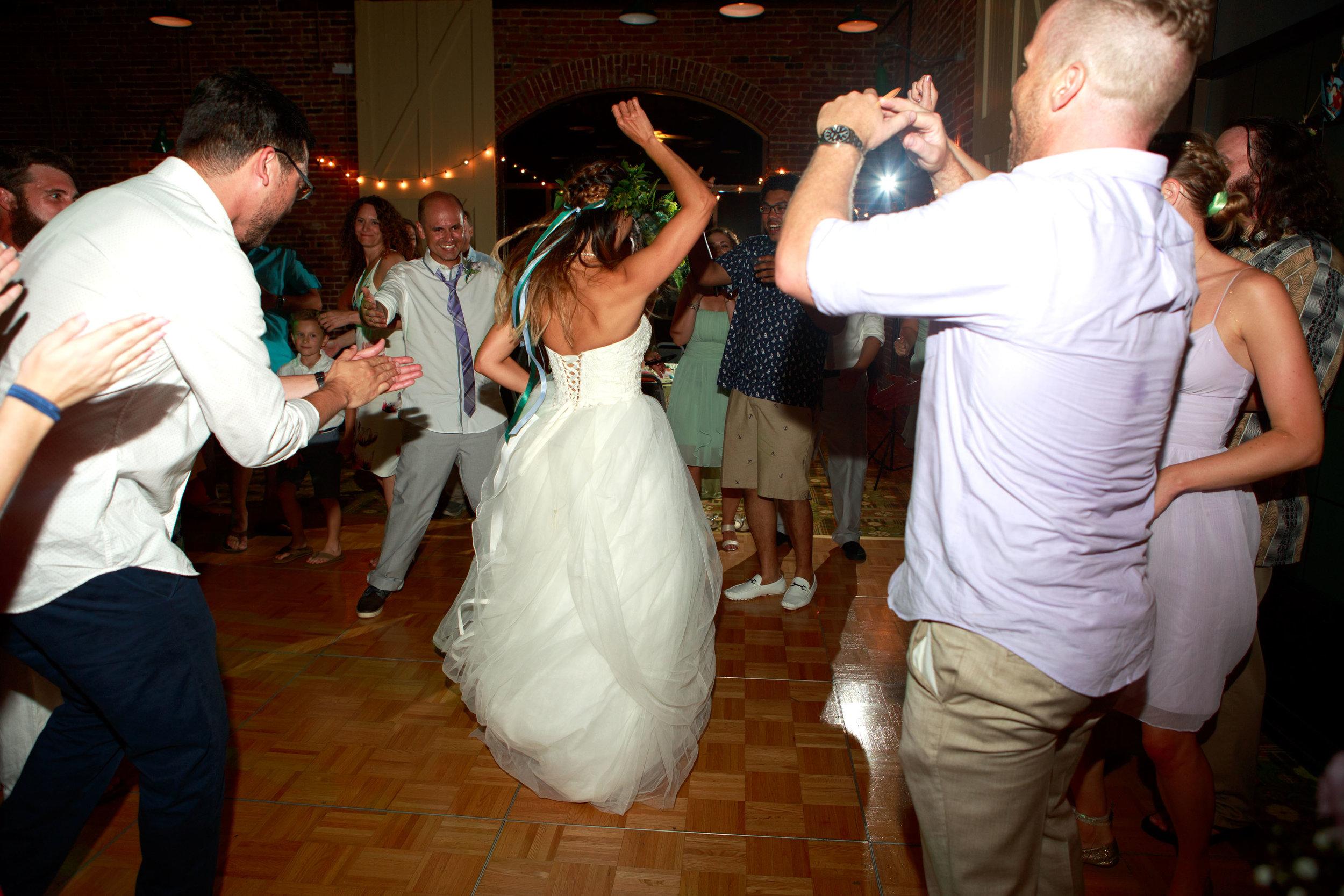 North_Carolina_Wedding_Photographer_Tiffany_Abruzzo_Reception_275.jpg