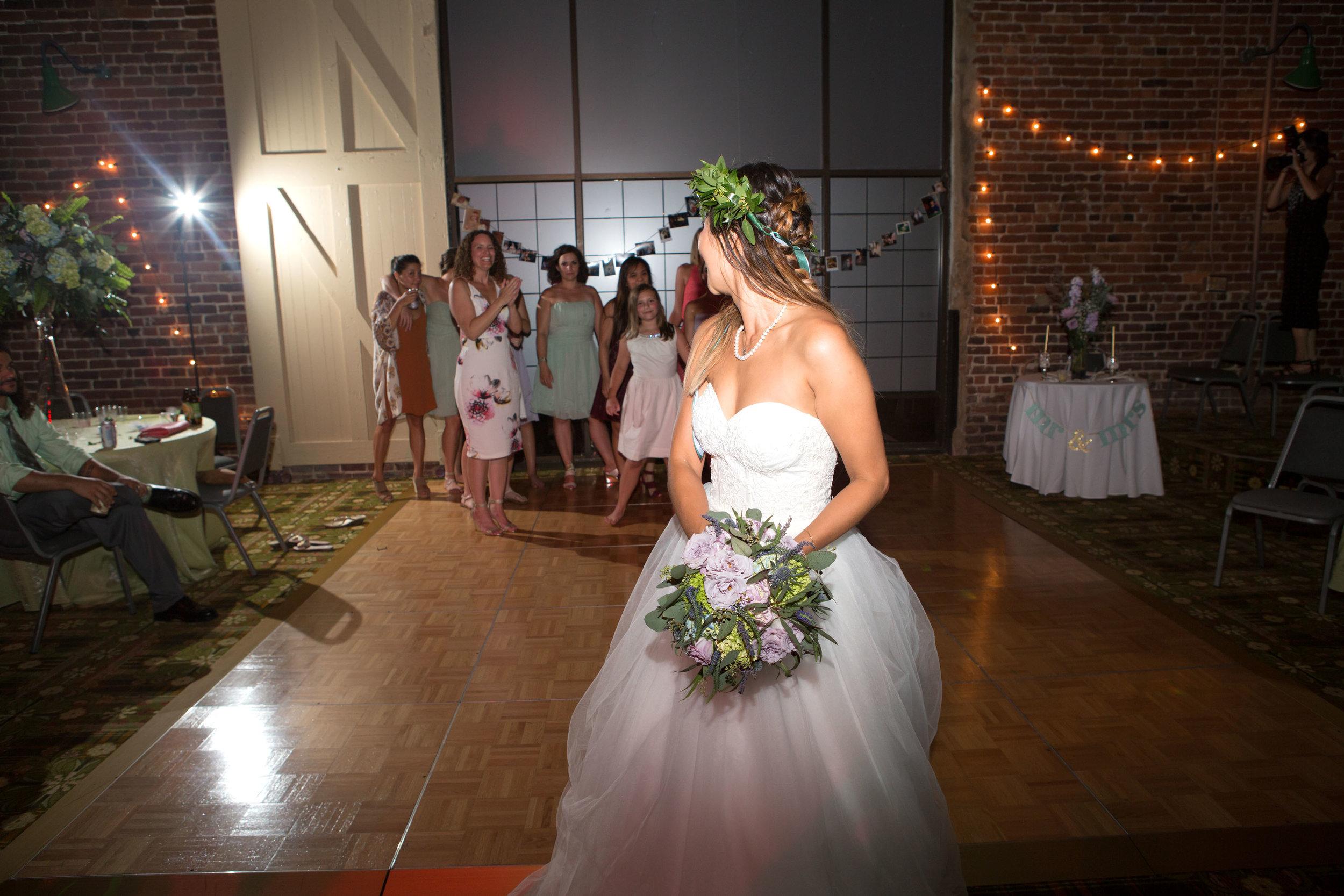 North_Carolina_Wedding_Photographer_Tiffany_Abruzzo_Reception_284.jpg