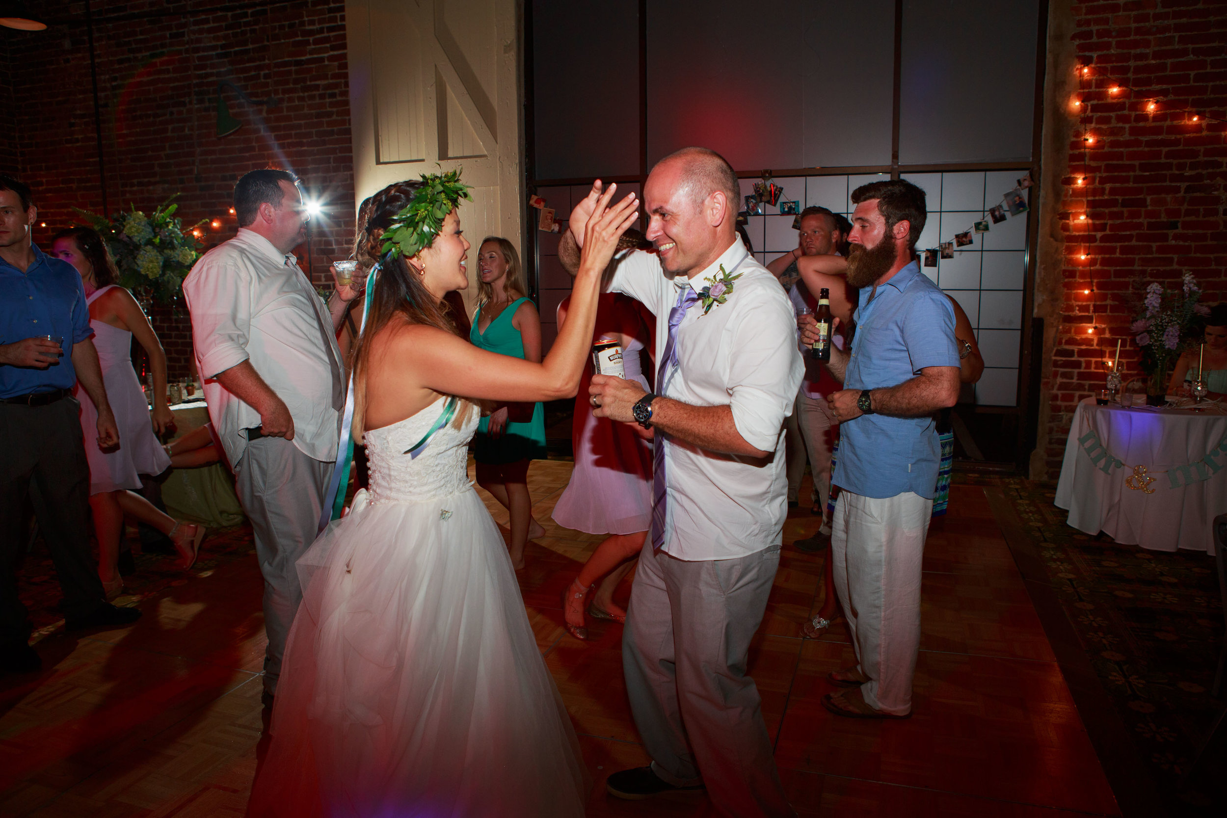 North_Carolina_Wedding_Photographer_Tiffany_Abruzzo_Reception_305.jpg