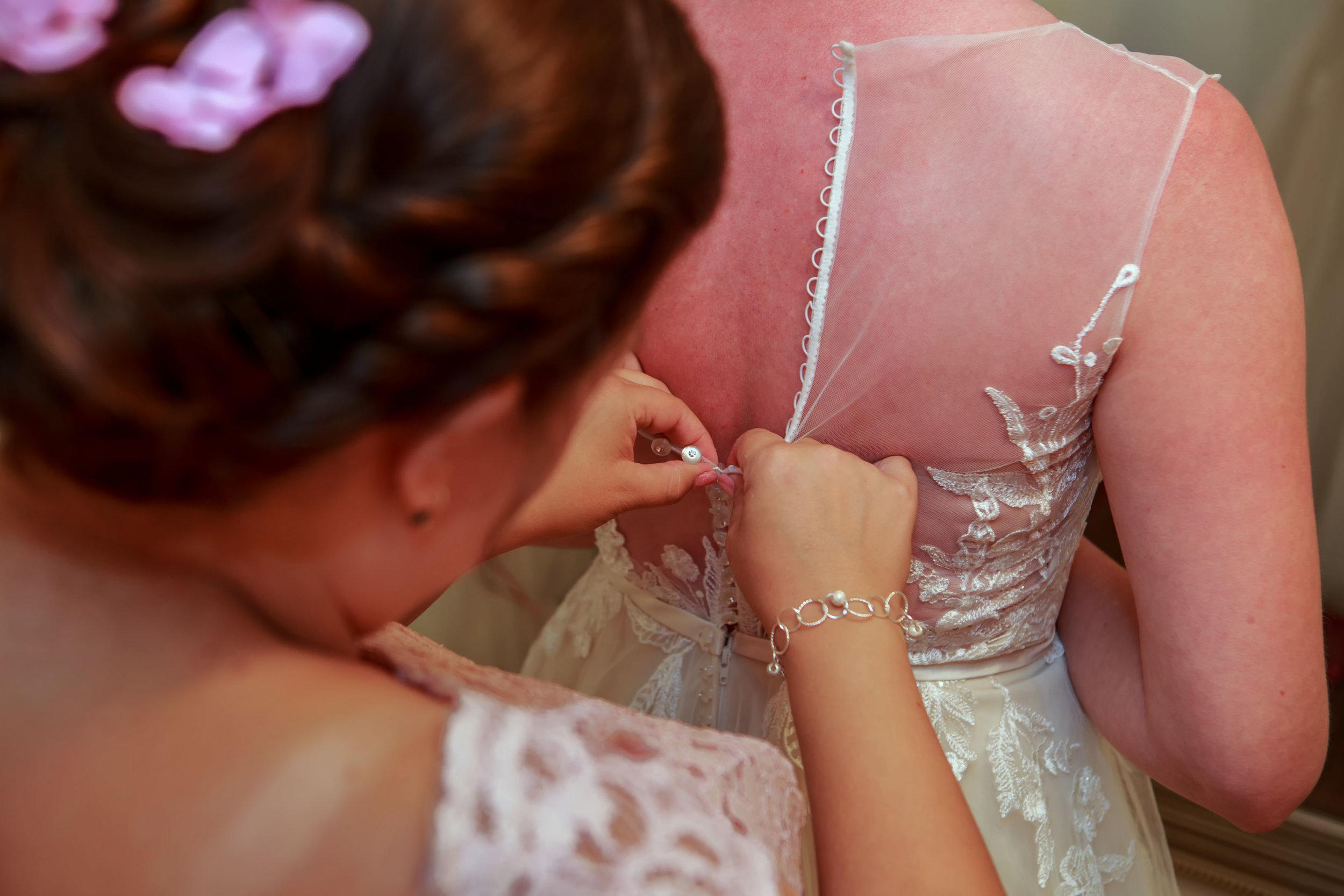 128-South-Wedding-Tiffany-Abruzzo-Photography-Girls-Prep-80.jpg
