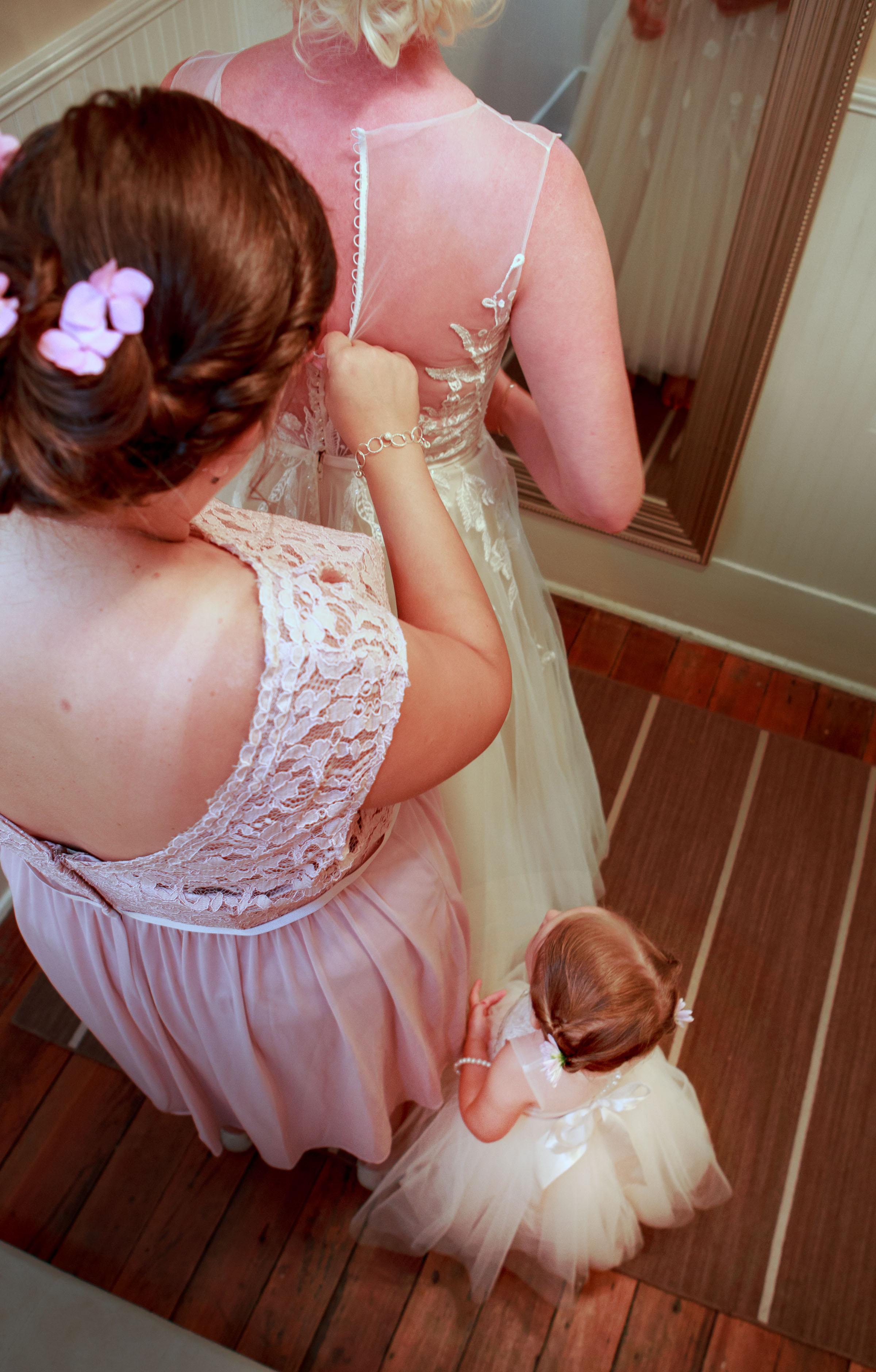 128-South-Wedding-Tiffany-Abruzzo-Photography-Girls-Prep-82.jpg