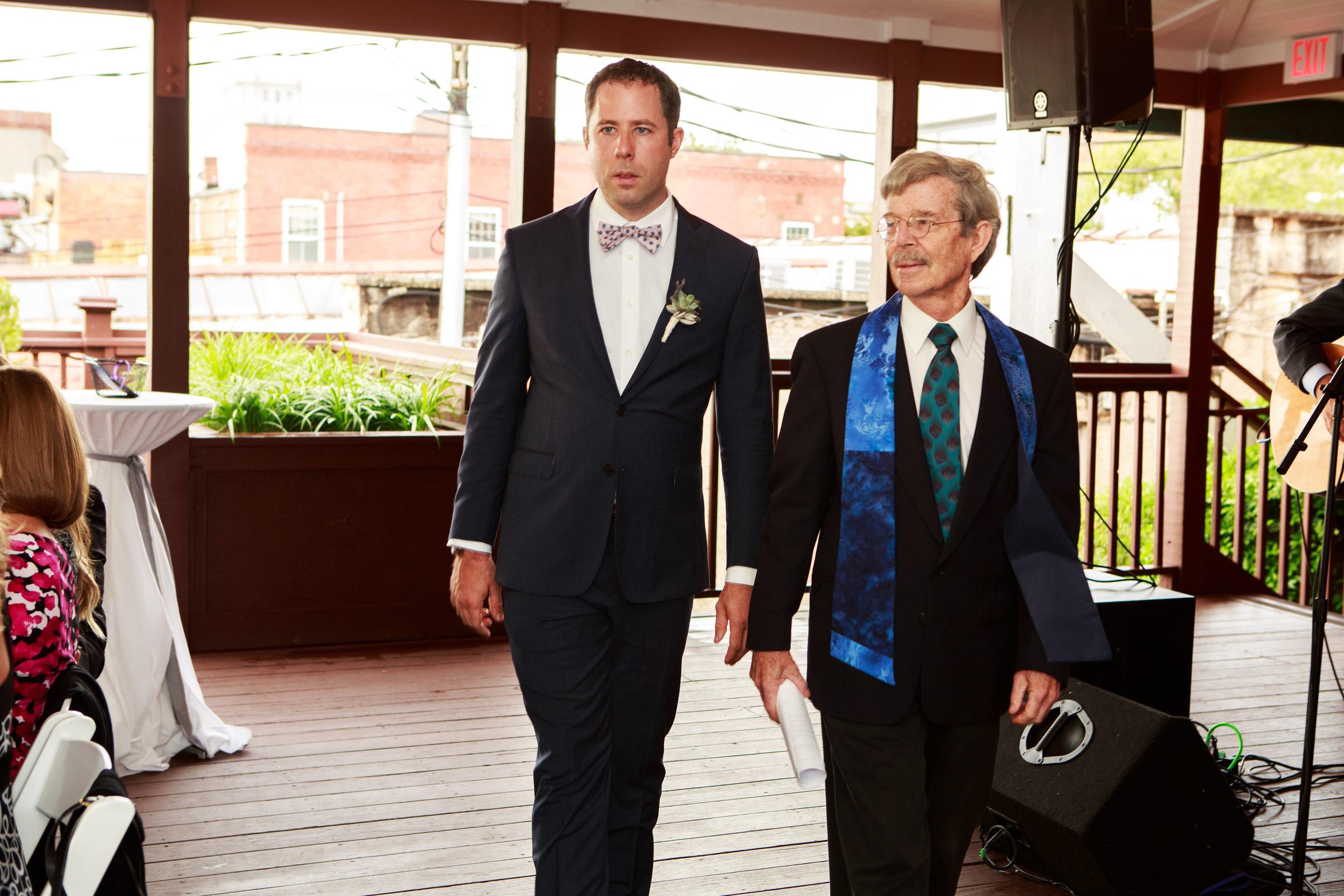 128-South-Wedding-Wilmington-NC-Photographer-Ceremony-05.jpg