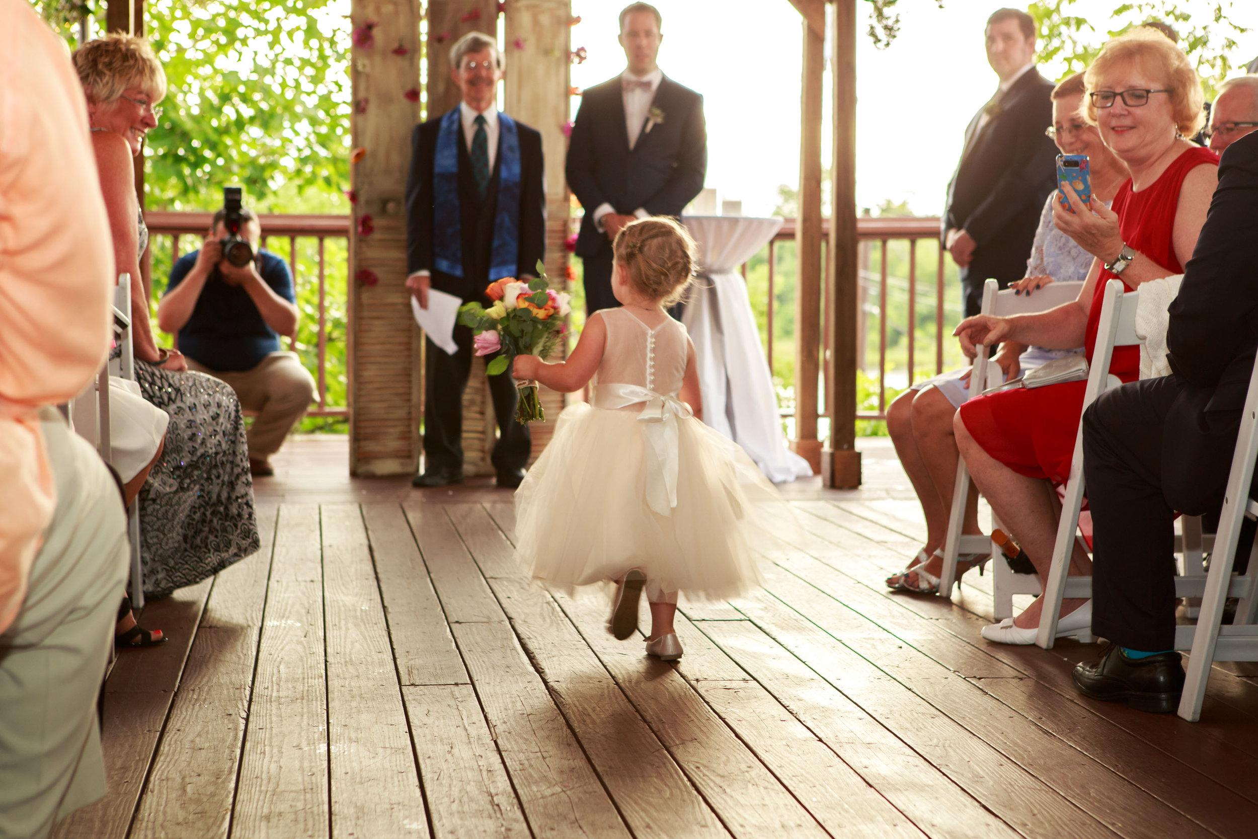 128-South-Wedding-Wilmington-NC-Photographer-Ceremony-010.jpg