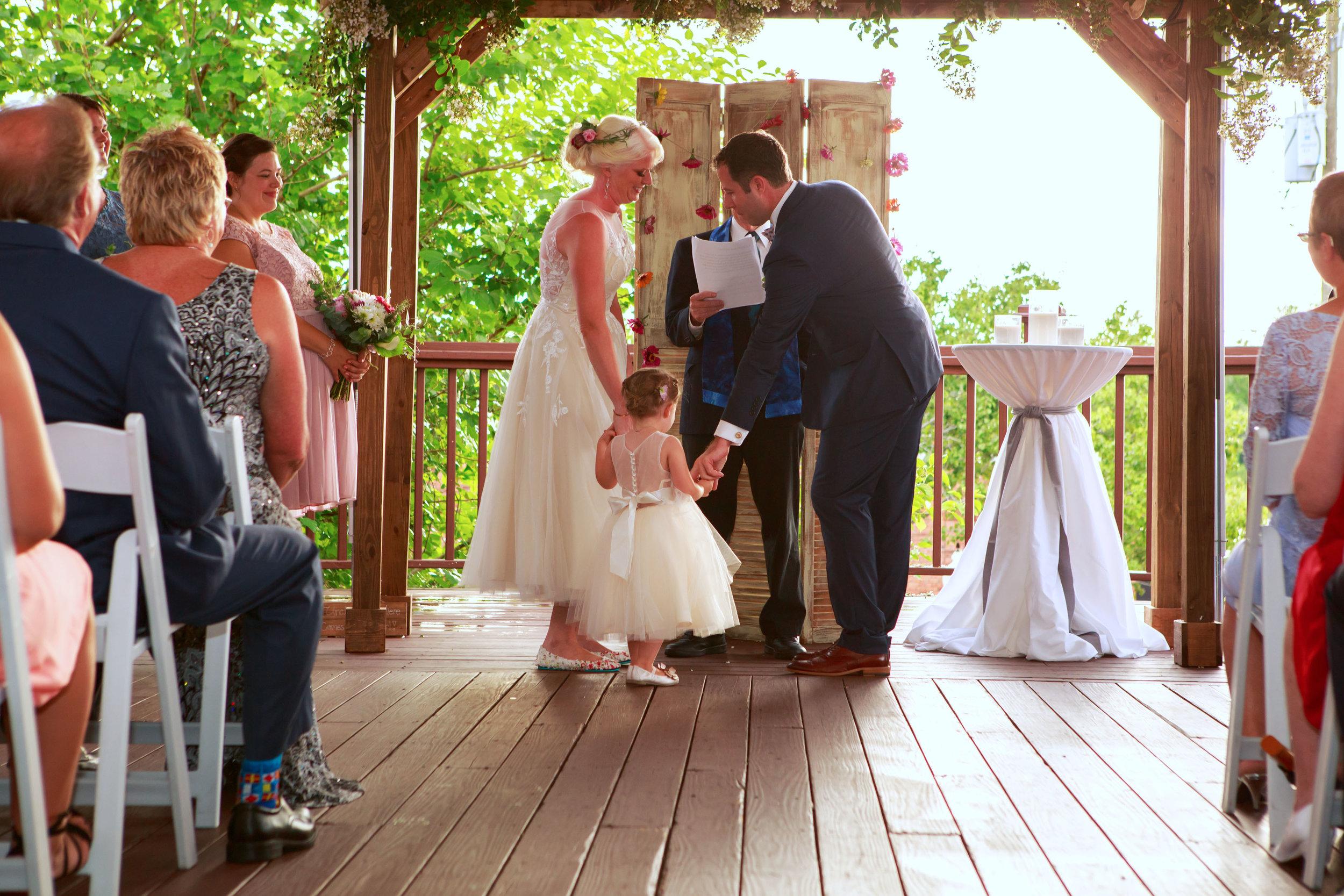128-South-Wedding-Wilmington-NC-Photographer-Ceremony-16.7.jpg