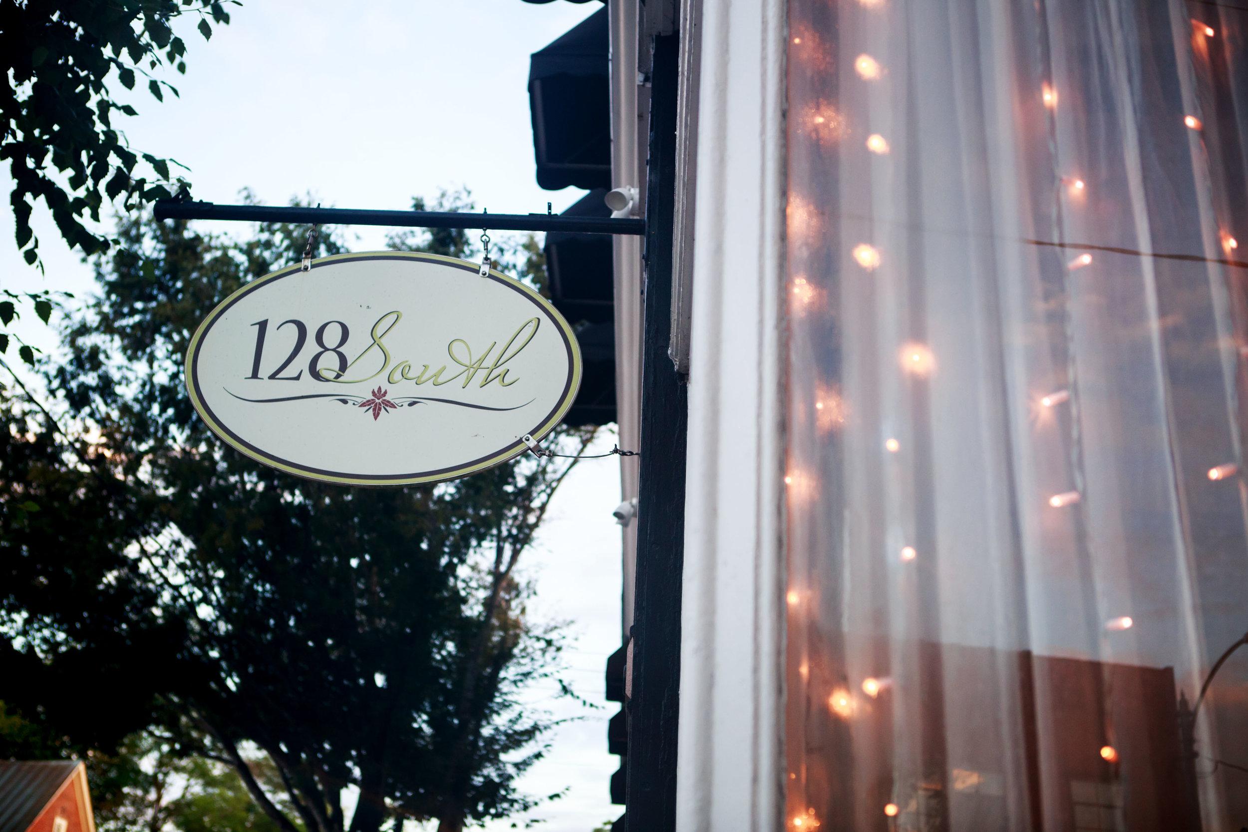 128-South-Wedding-Wilmington-NC-Photographer-Reception-0.jpg
