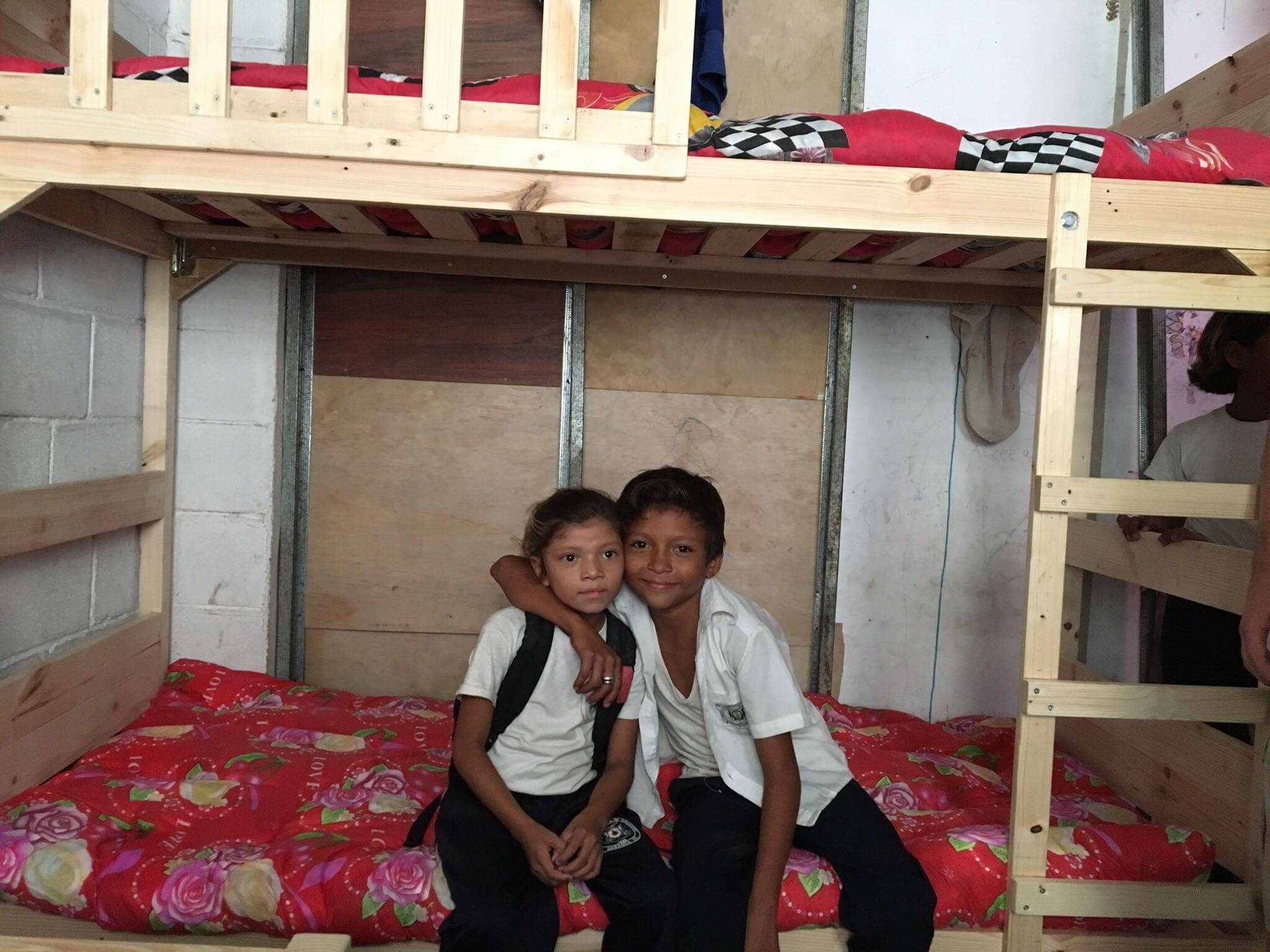 Roberto and Aracellys are surprised to come home from school in a renovated bedroom.