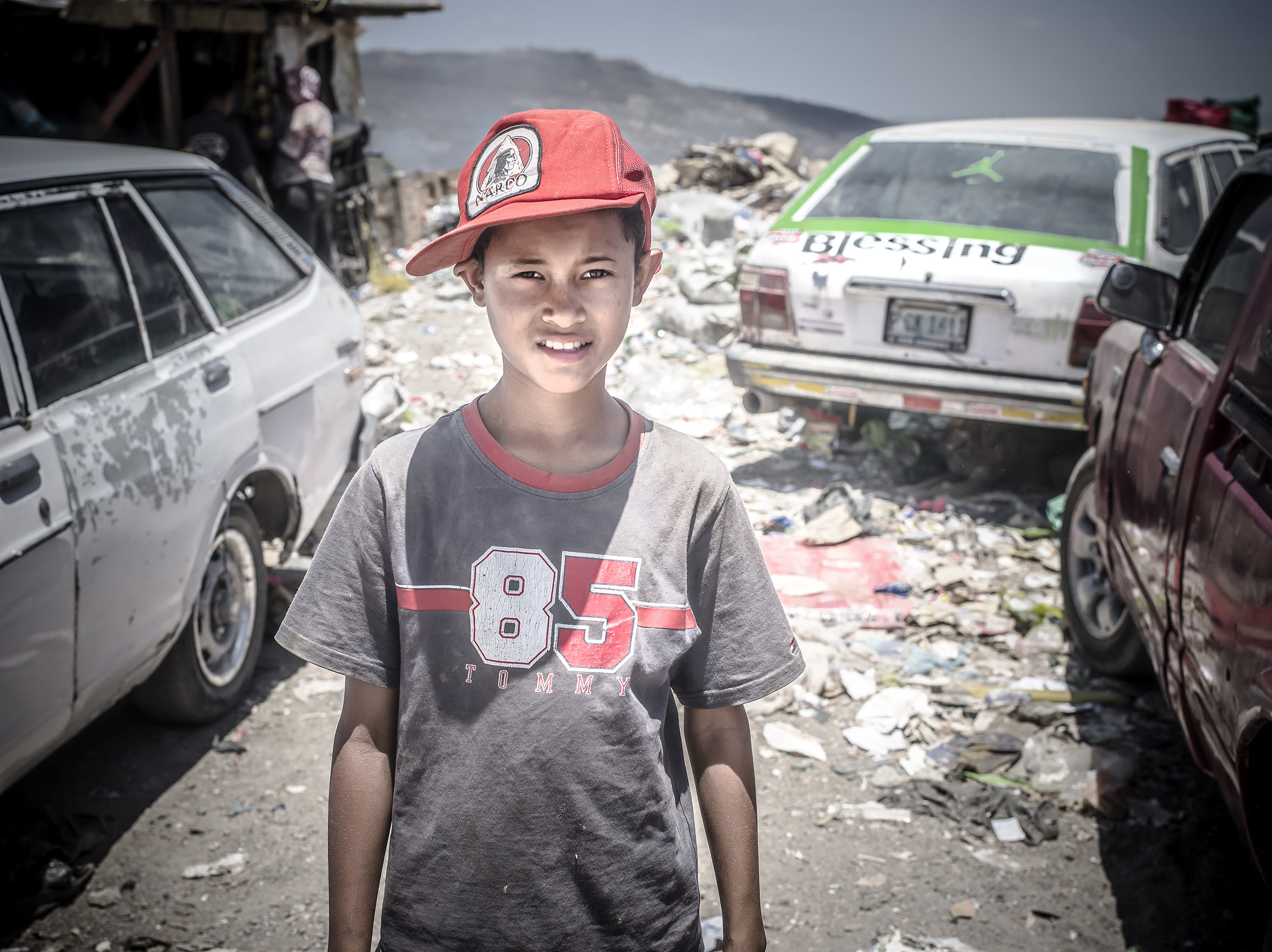 A young boy followed me around in curiosity. I directed him to Pastor Jeony to inquire about AFE (Amor, Fé and Esperanza) a complete program that helps this community.