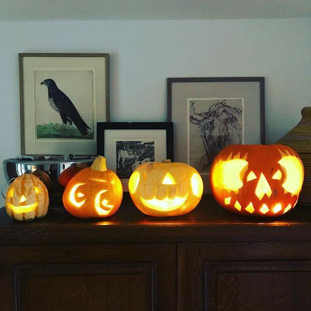 Happy Samhain people!!