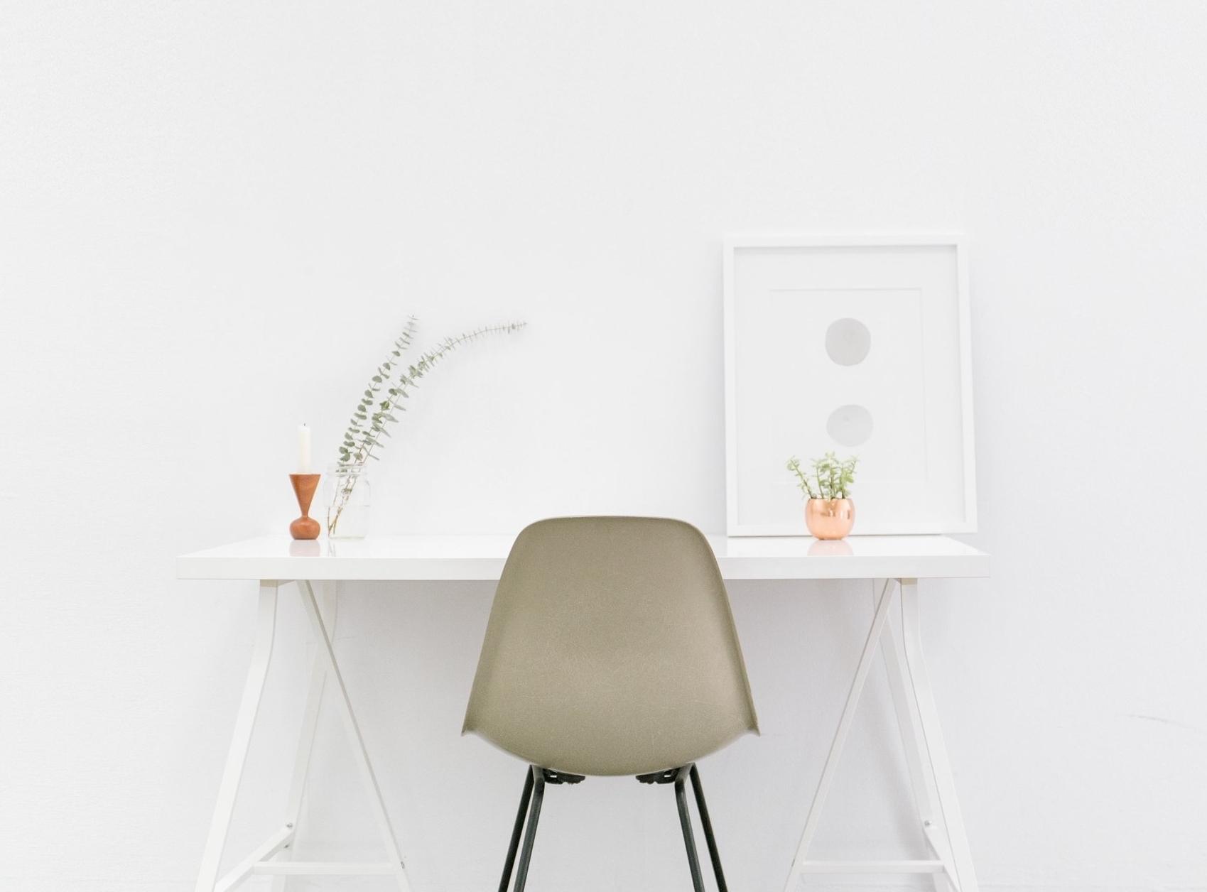 desk+pic.jpg