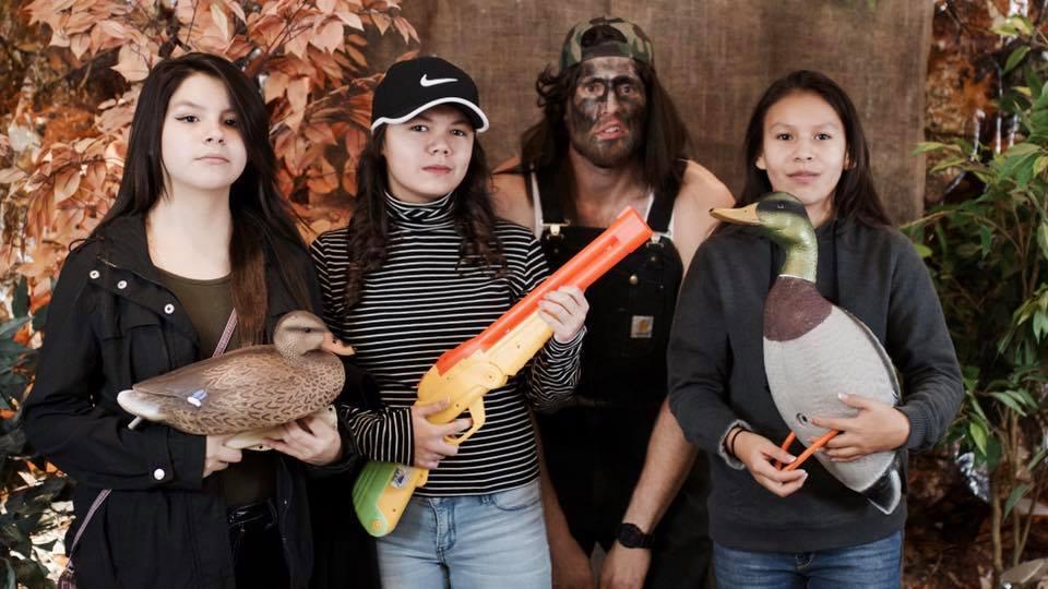 d4 redneck party 2016 girls.jpg