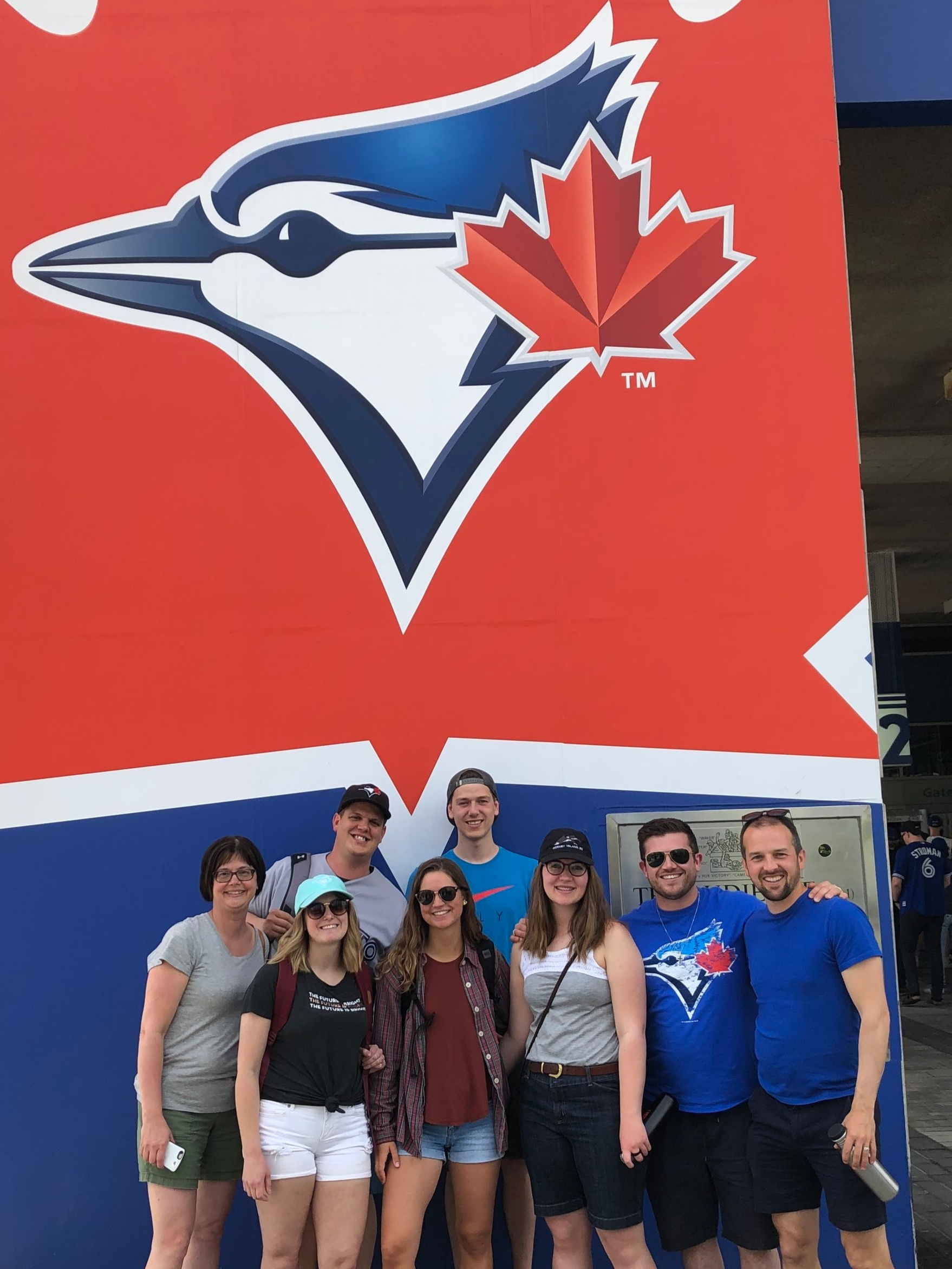 A group of us took the bus to watch the Toronto Blue Jays play. My first time at Roger's Centre was awesome!