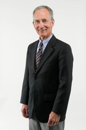 Portrait of Andy Grundberg