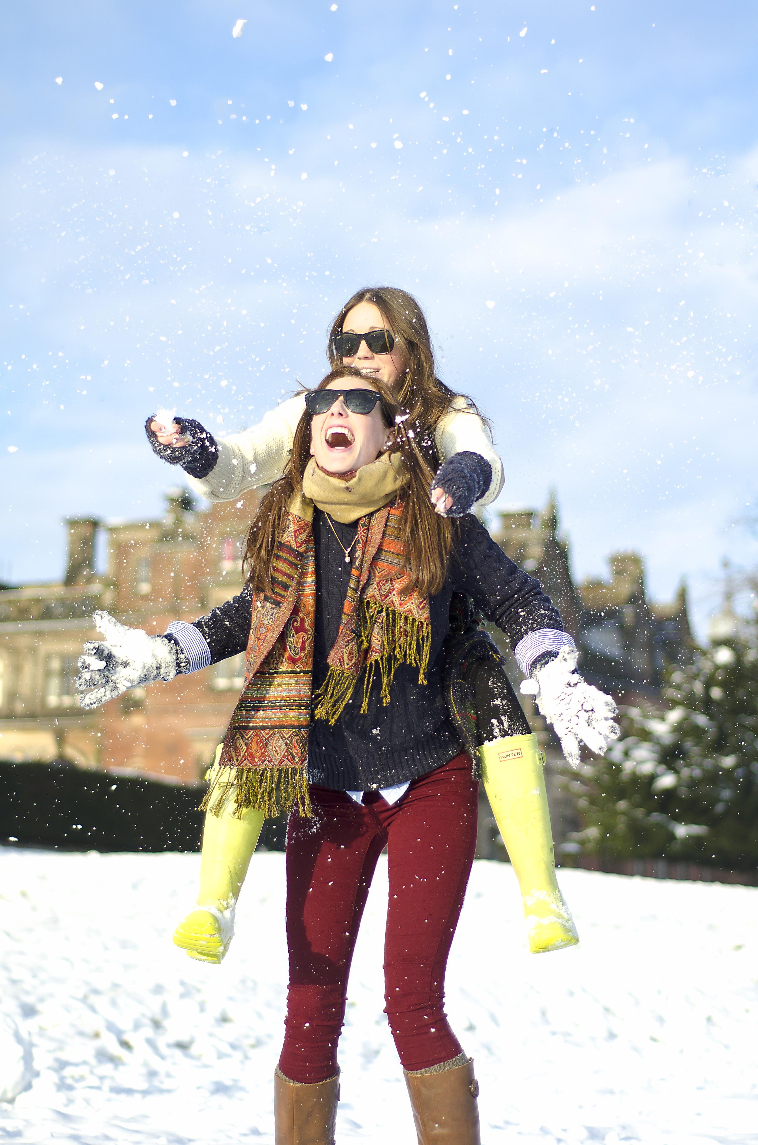 25 Fun in the snow.jpg