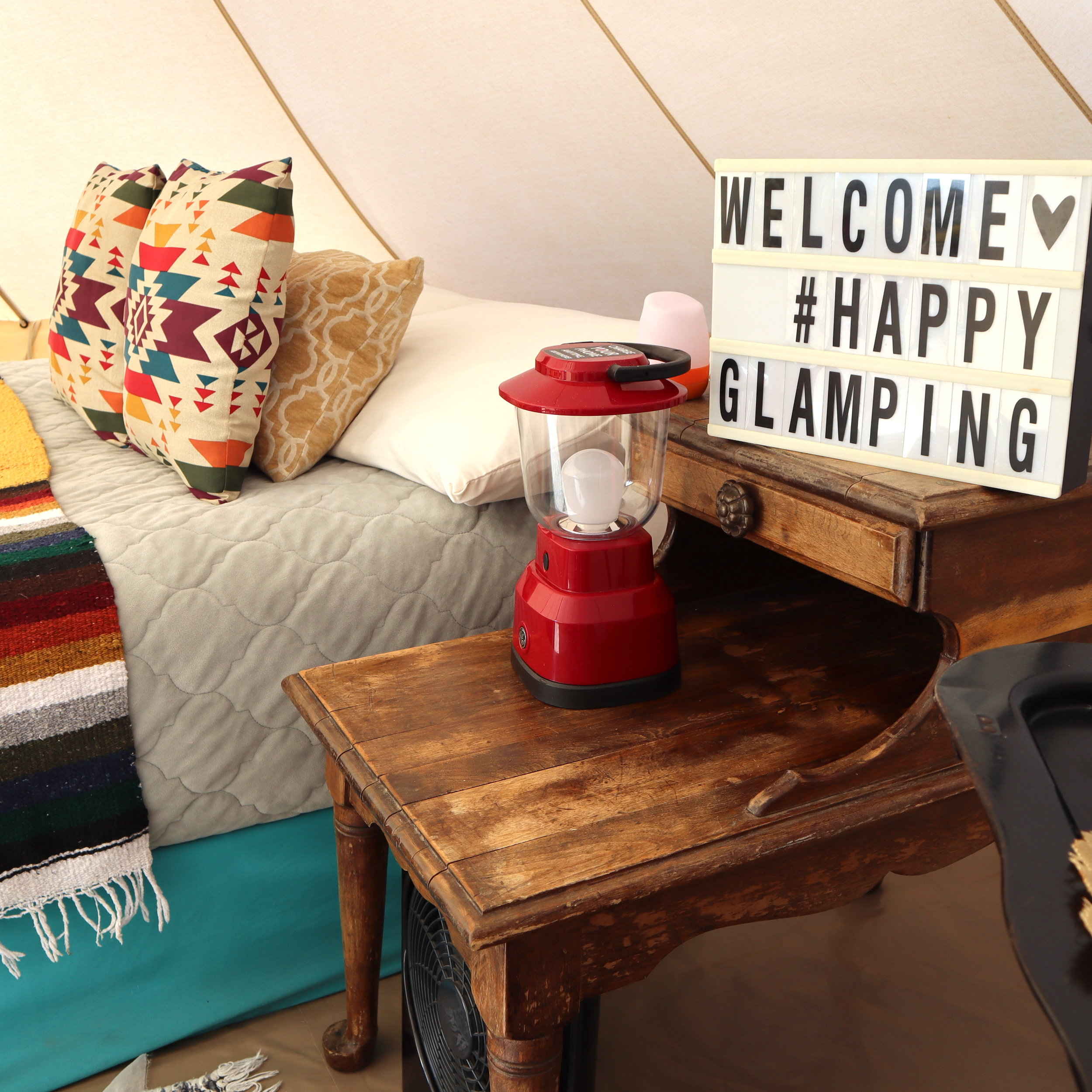 Joshua Tree Happy Glamping.jpg