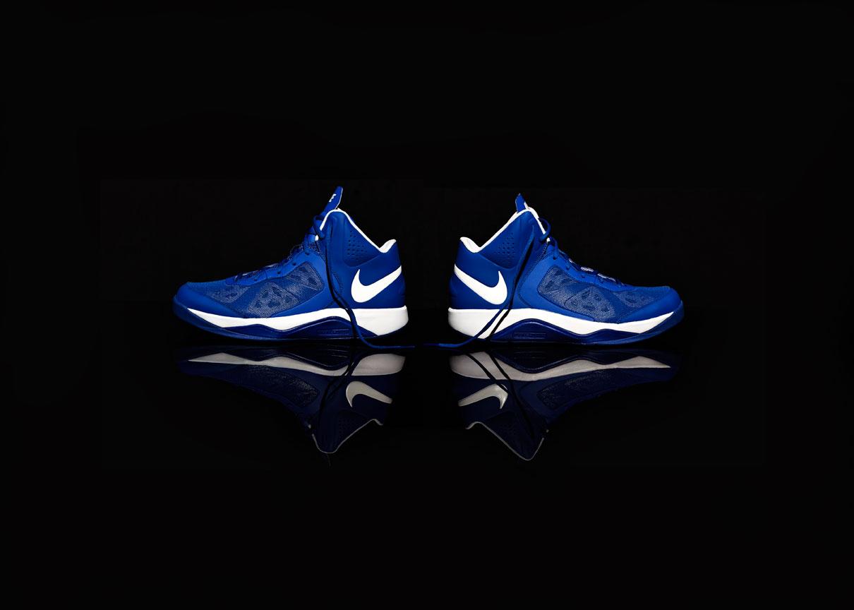 Nike_BLUE_two_show_retouch.jpg