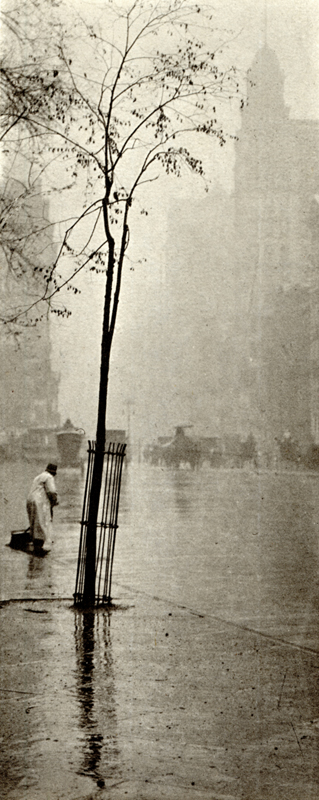 Alfred Stieglitz    Spring Showers , c. 1900  Photogravure  9 x 3.6 inches  Published in Camera Work Vol. 36, 1911