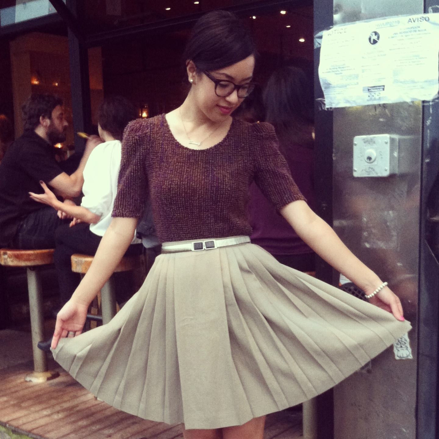 Showing off my pleats in front of Macondo