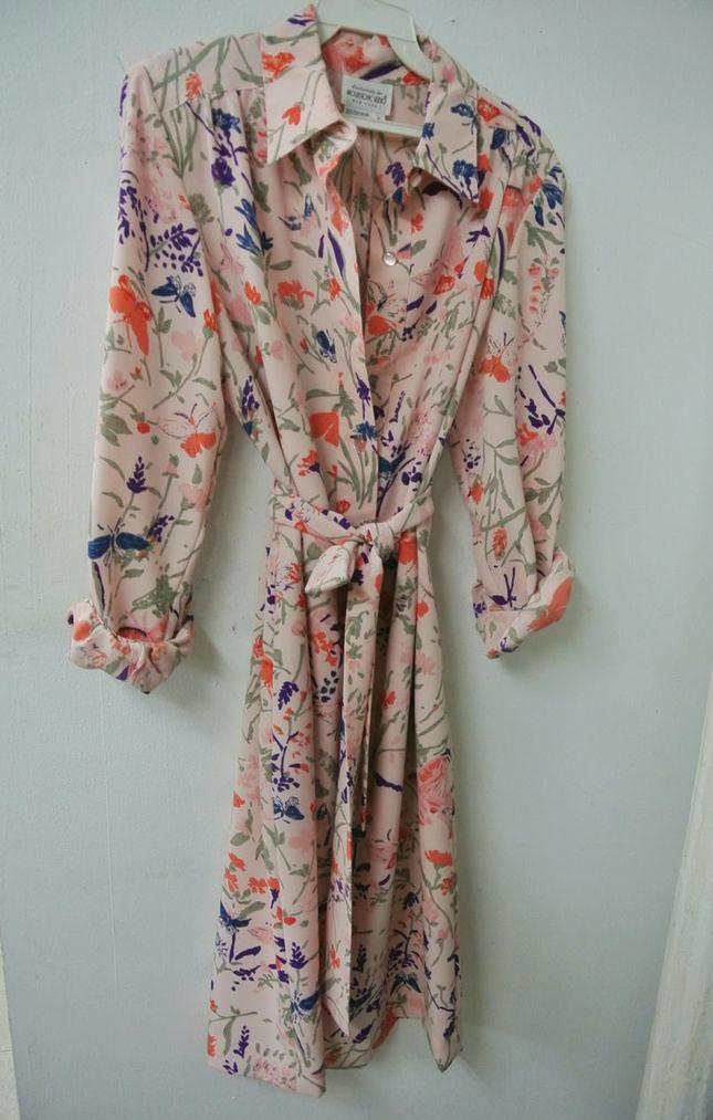 Vintage dress ($6)