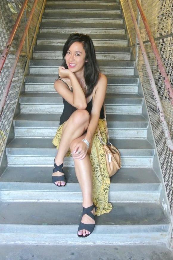 yellowskirt.jpeg