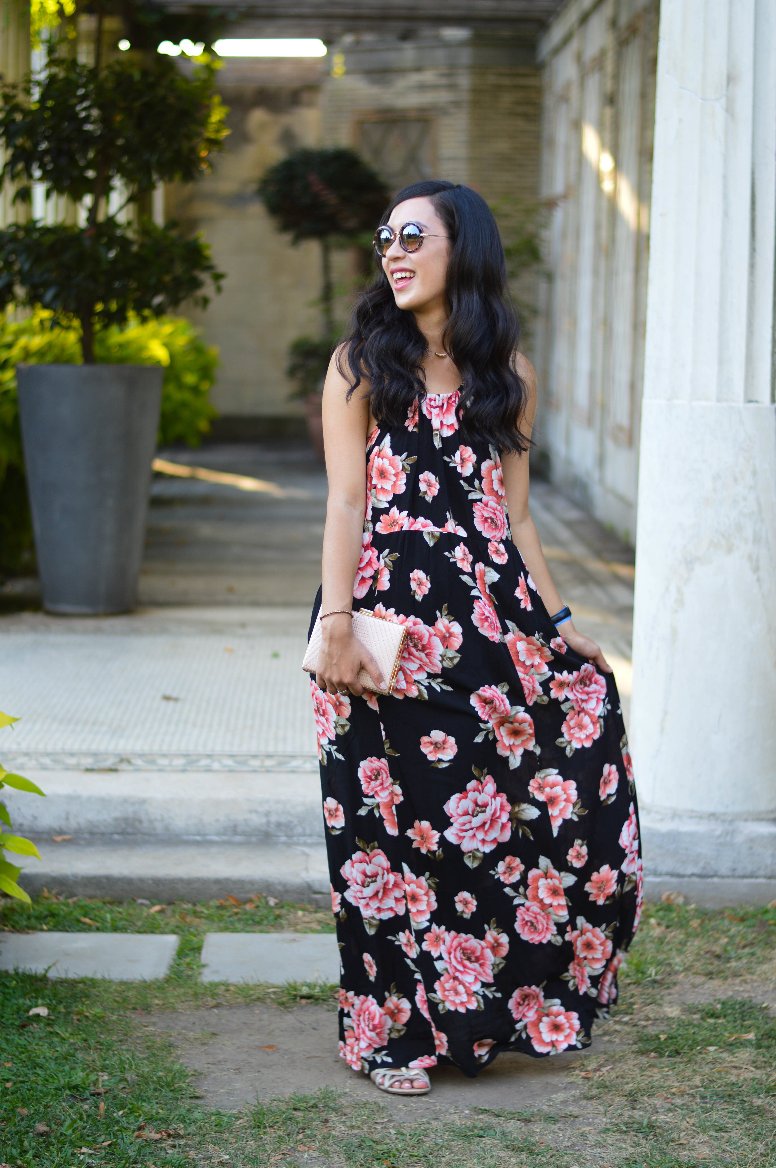 floral maxi dress blogger