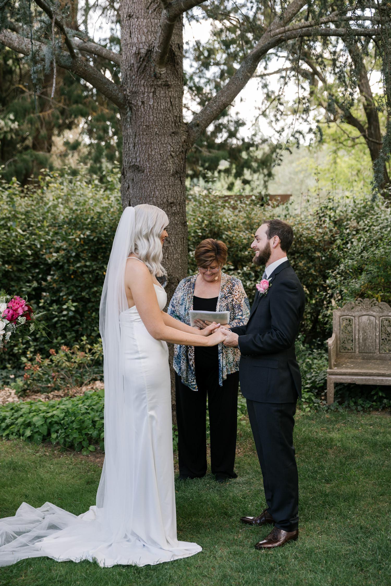 brea luke erin latimore photography athol gardens wedding blayney 9.jpg