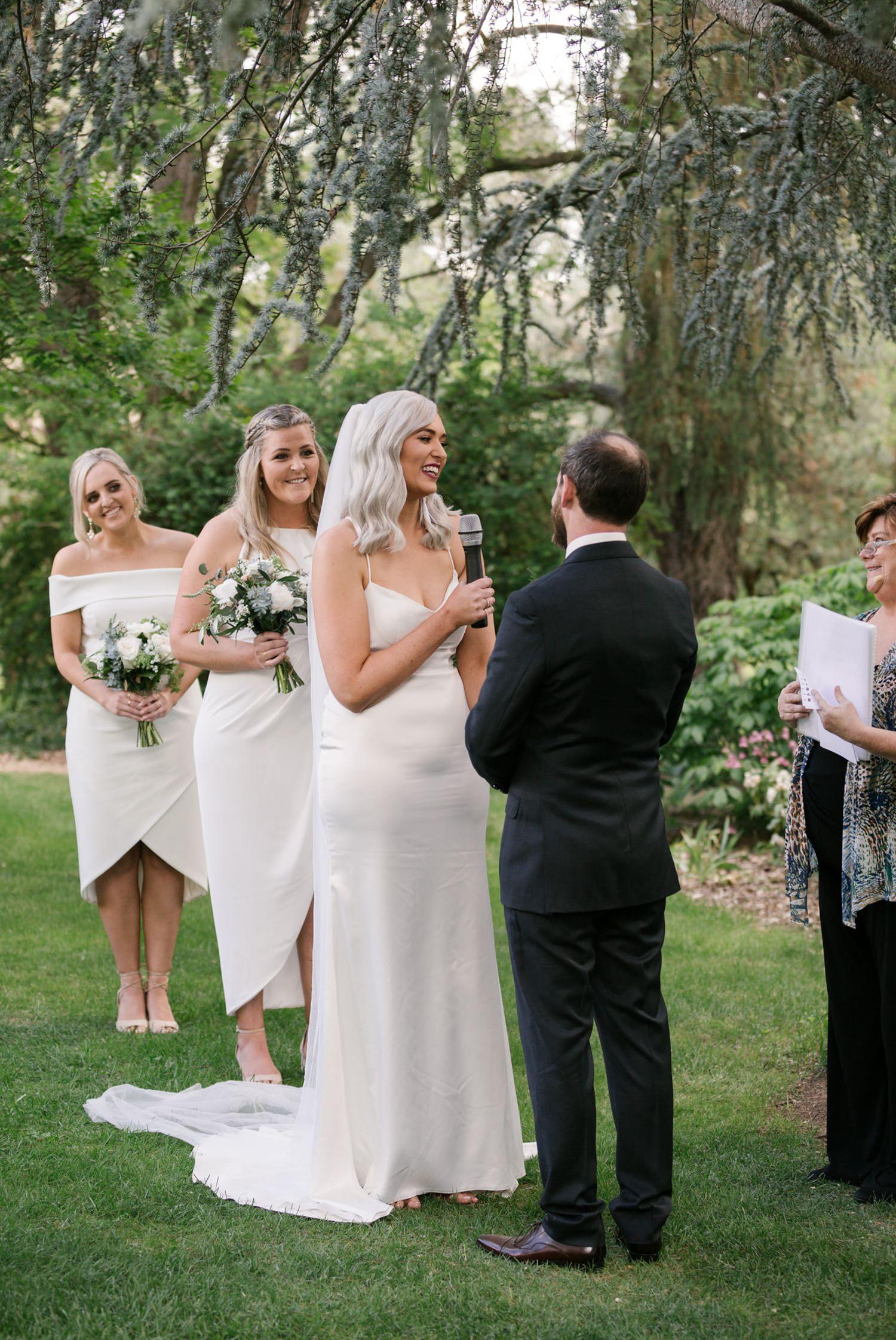 brea luke erin latimore photography athol gardens wedding blayney 15.jpg