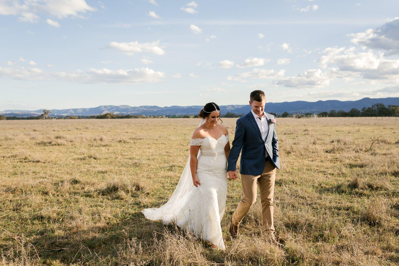 troy emma blue wren winery mudgee wedding photographer 49.jpg