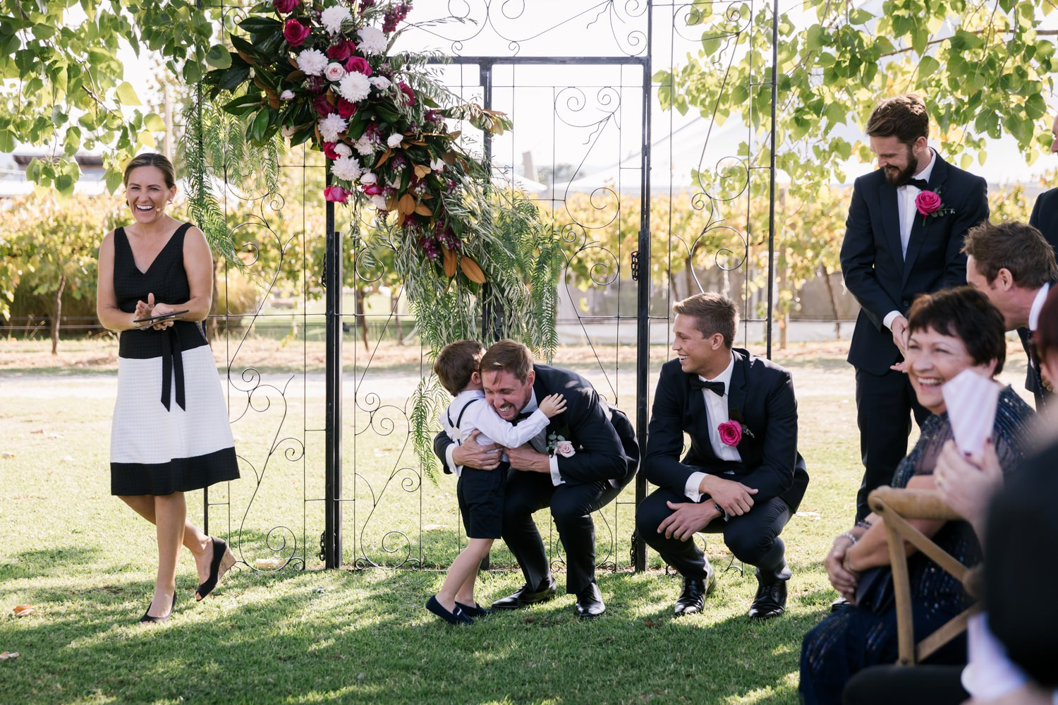 sarah jared the vinegrove mudgee canberra wedding photographer erin latimore 47.jpg