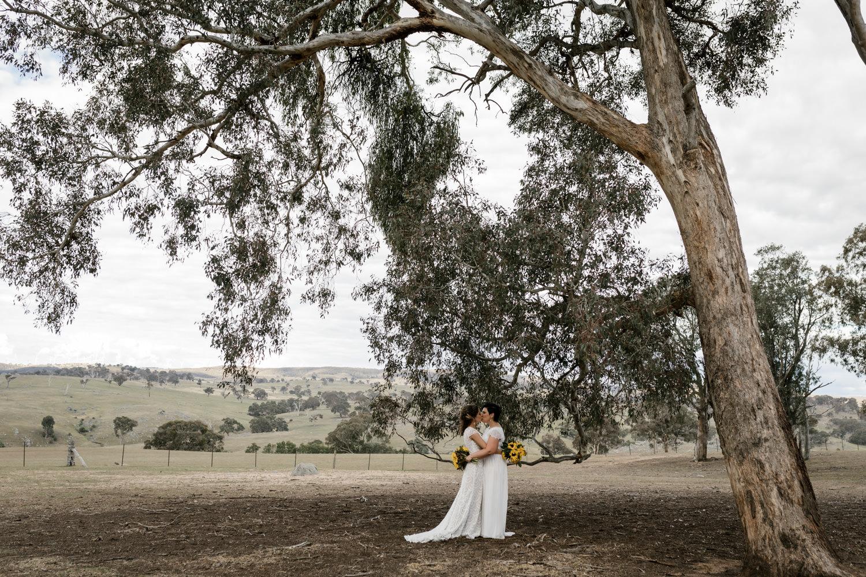Erin Latimore Canberra Mudgee Wedding Photographer Gundaroo Gunning Old Coach Stables (641 of 865).JPG