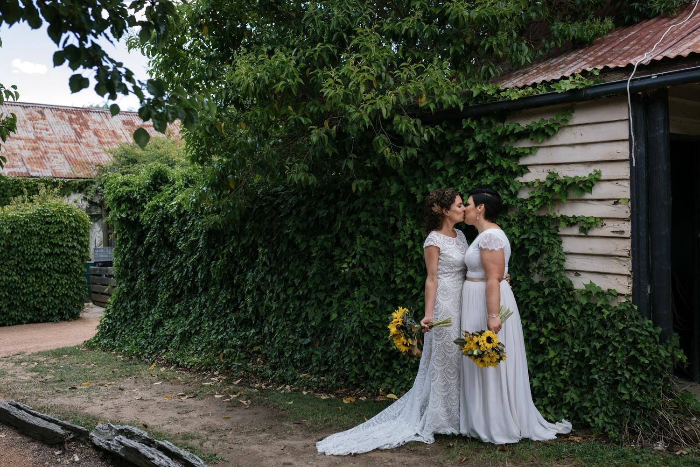 Erin Latimore Canberra Mudgee Wedding Photographer Gundaroo Gunning Old Coach Stables (175 of 865).JPG